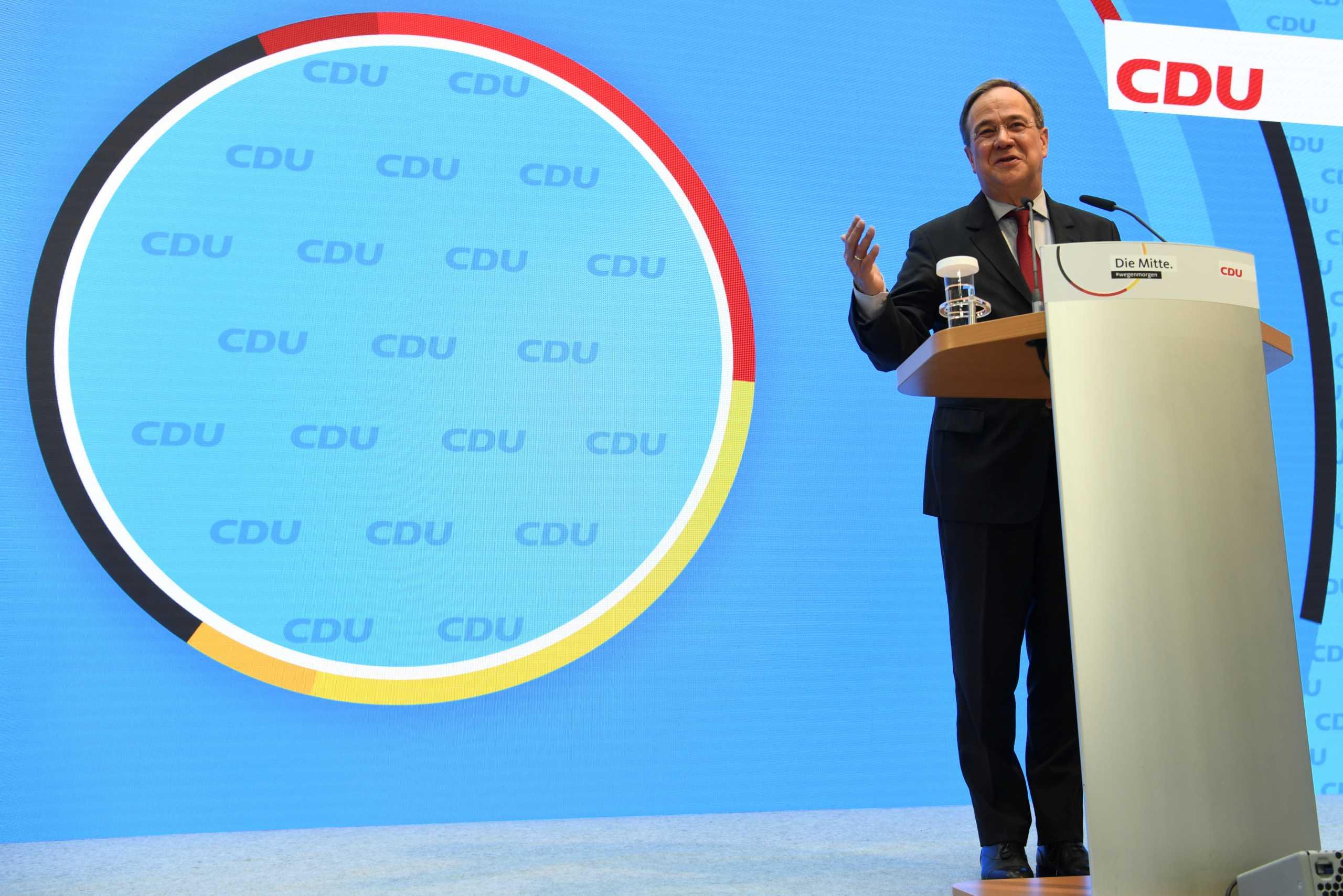 Πρώην καγκελάριος Σρέντερ για γερμανικές εκλογές: Σωστή η επιλογή o Λάσετ όμως κερδισμένος θα βγει ο Σολτς