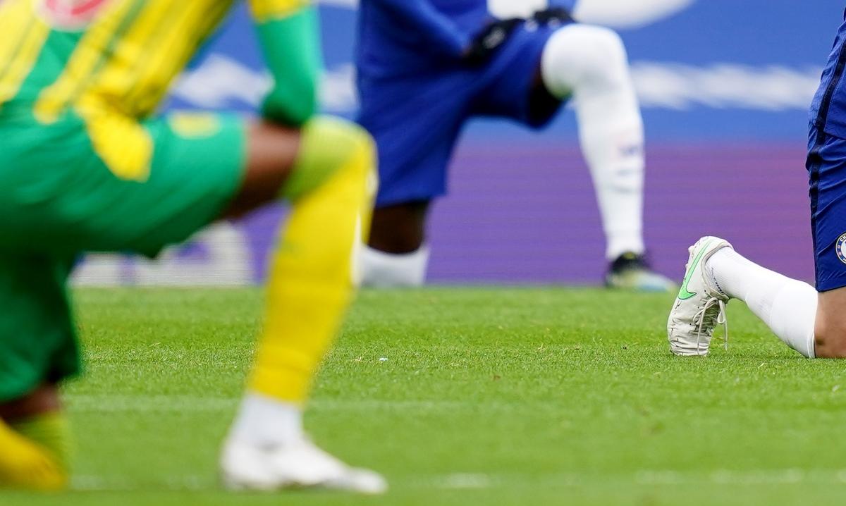 Ολυμπιακοί Αγώνες: Απαγορεύονται οι διαμαρτυρίες στο βάθρο – Τιμωρία για γονάτισμα και η υψωμένη γροθιά