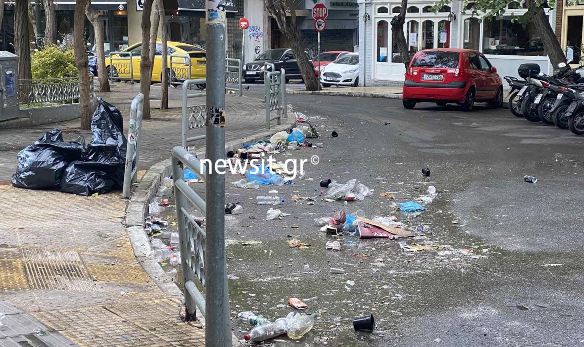 «Χωματερή» πάλι η Κυψέλη – Φωτογραφίες με τα απομεινάρια του νέου κορονοπάρτι