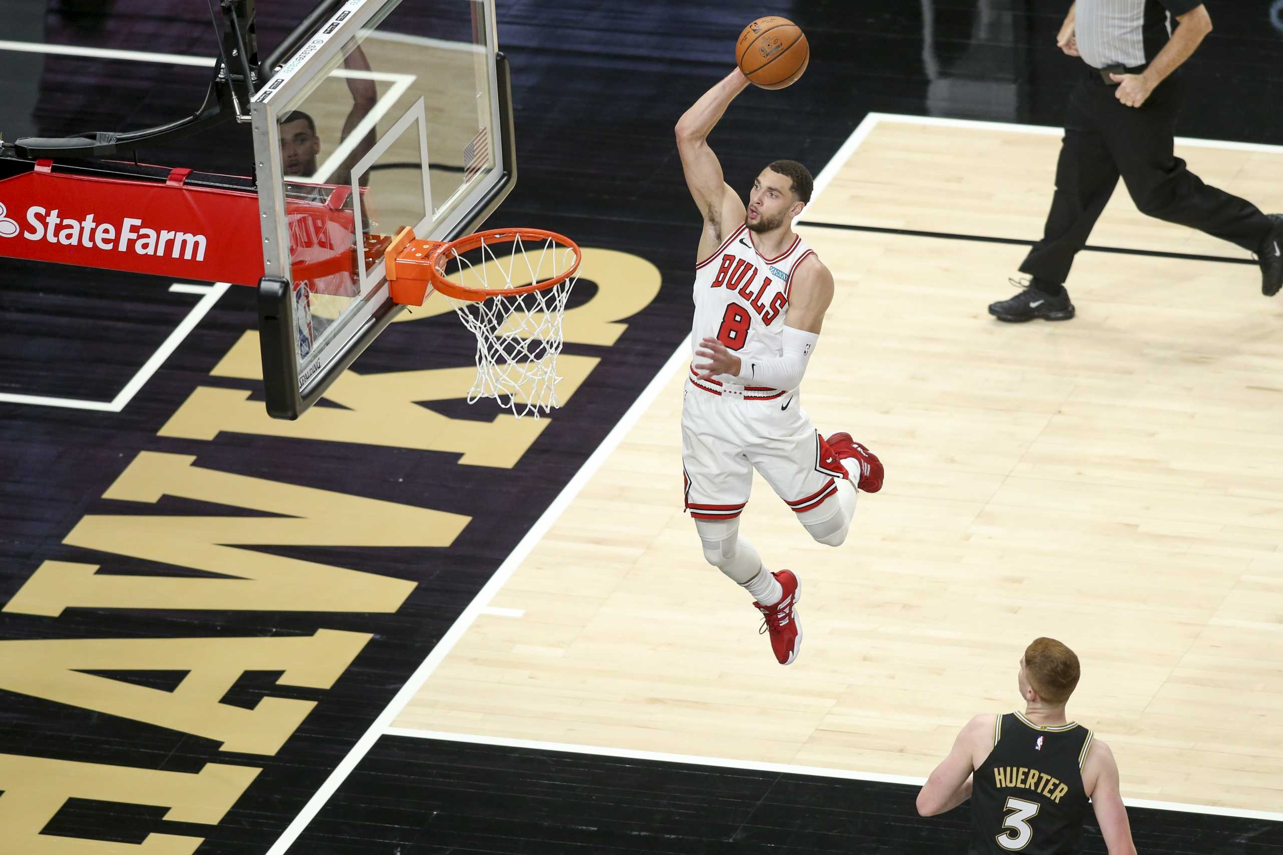 NBA: Ο Λαβίν θύμισε Τζόρνταν αλλά δεν έφτασε στους Μπουλς – Απίστευτο ματς στη Βοστώνη