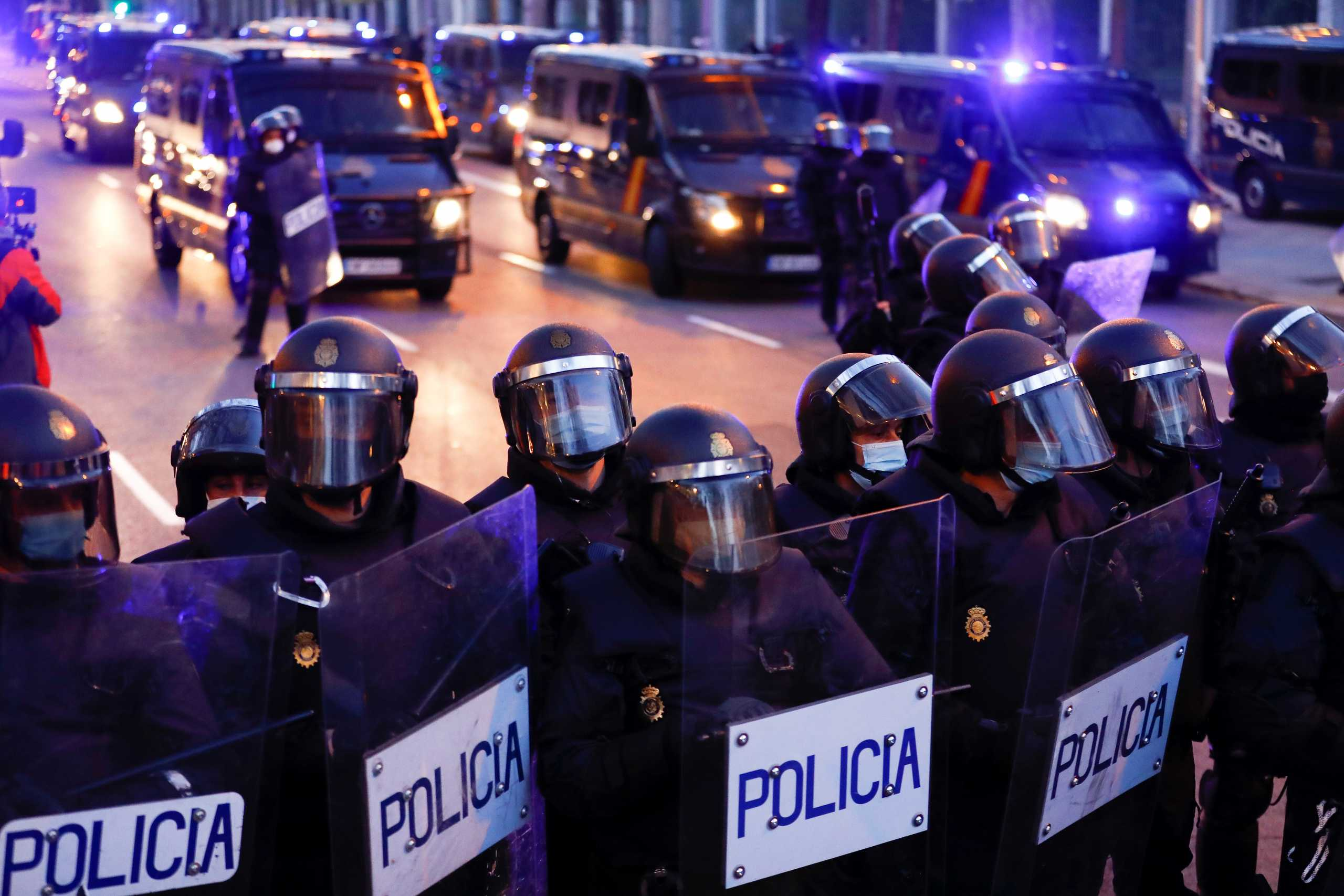 100 συλλήψεις στην Ισπανία για μεγάλο κύκλωμα ναρκωτικών – 5 τόνοι χασίς κατασχέθηκαν