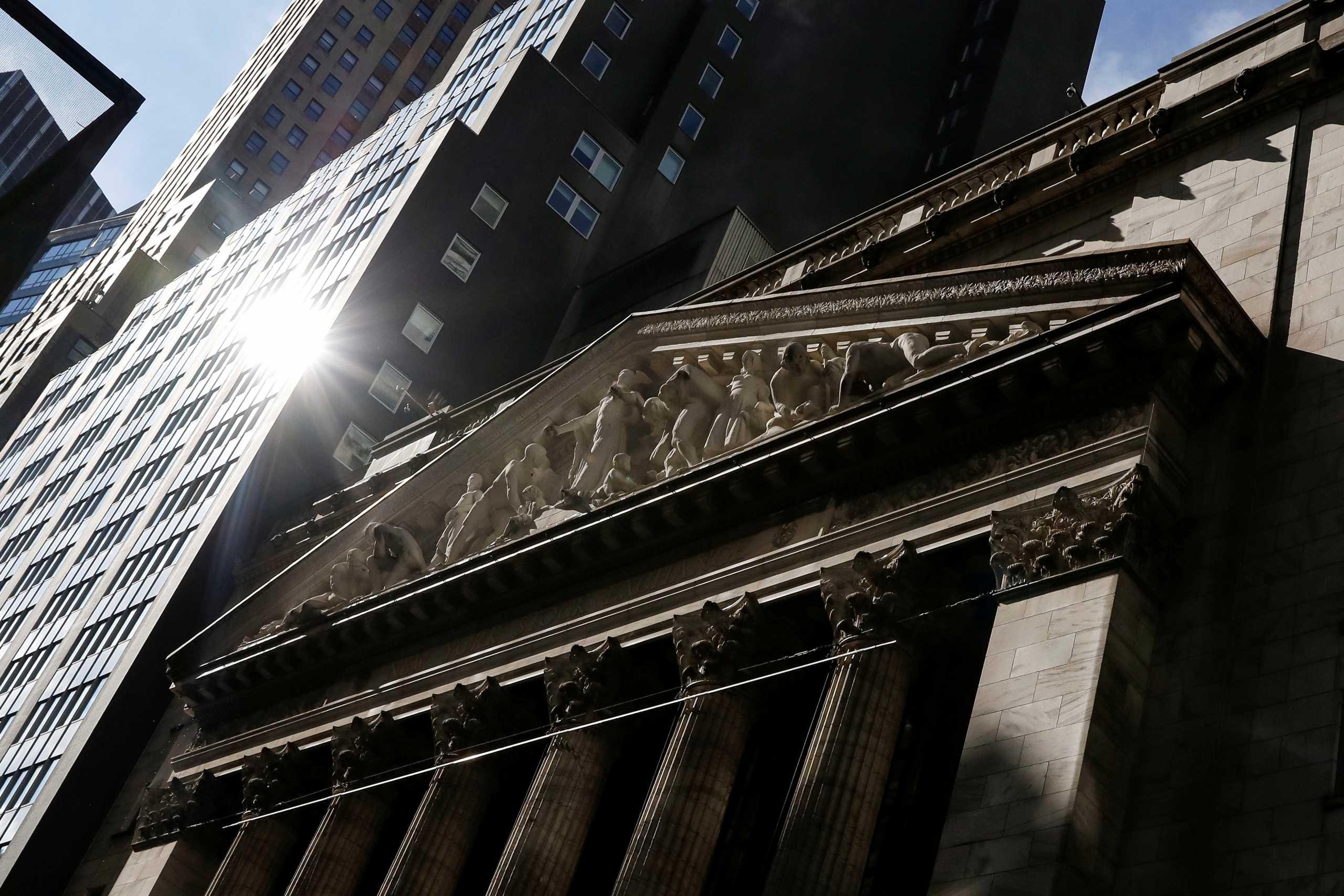 Ο Dow Jones «έσπασε» το φράγμα των 34.000 μονάδων