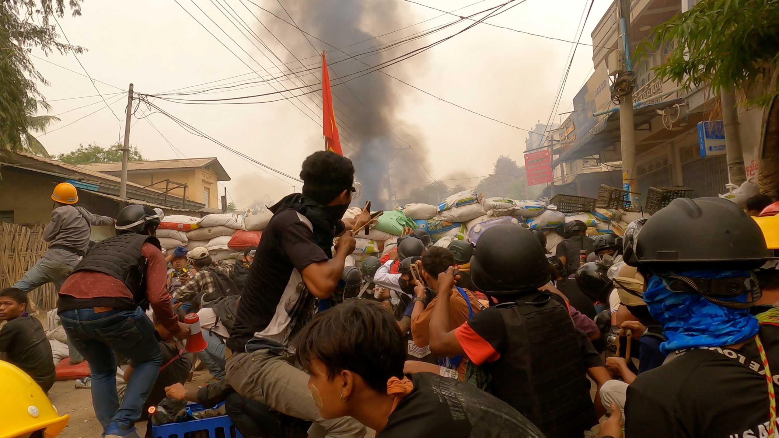 Πραξικόπημα Μιανμάρ: Συνεχίζονται οι αιματηρές διαδηλώσεις – Τουλάχιστον 80 νεκροί στην Μπάγκο