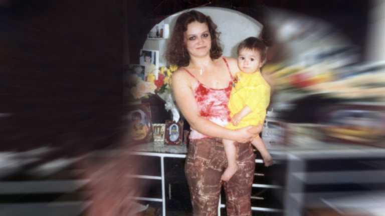 Χάπι εντ στο θρίλερ  αγνοούμενης μητέρας: Εξαφανίστηκε για 10 χρόνια για να γλιτώσει την κακοποίηση (video)