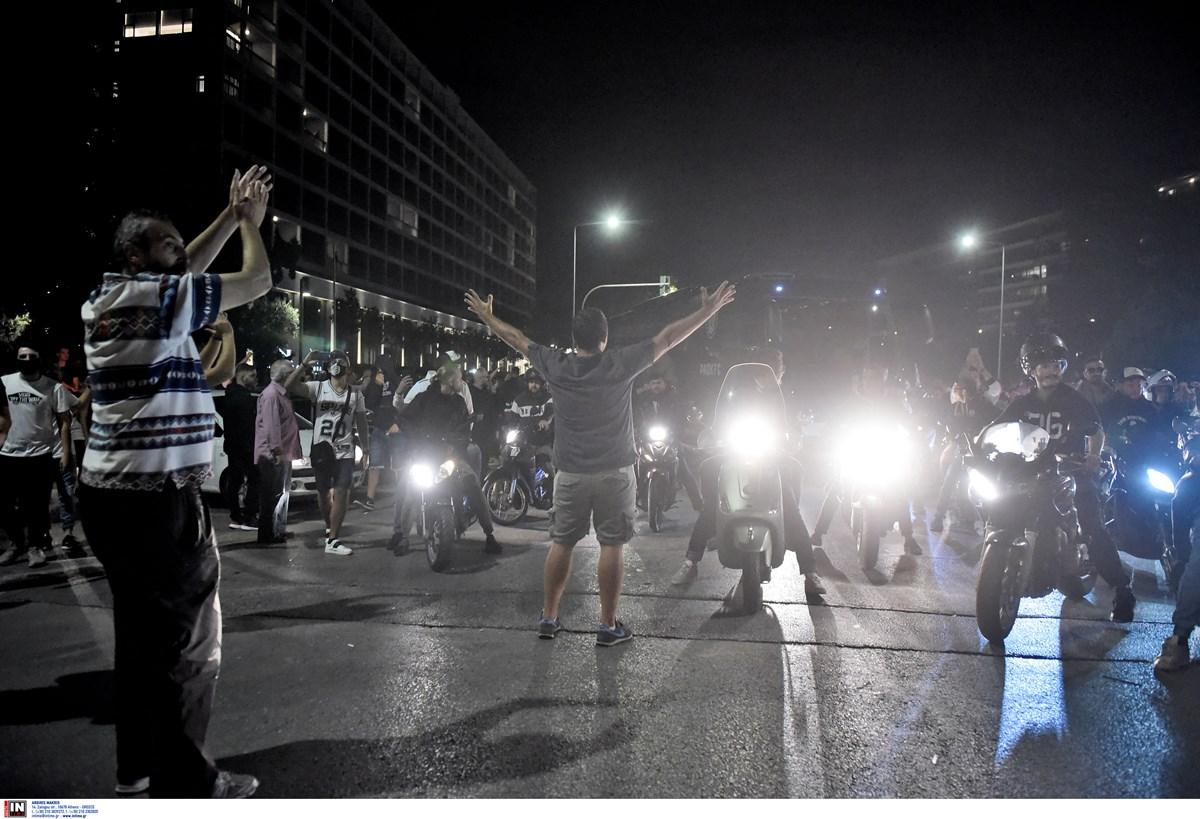 ΠΑΟΚ: Πήγαν «περίπατο» τα μέτρα για τον κορονοϊό – «Πάρτι» γενεθλίων στη Θεσσαλονίκη
