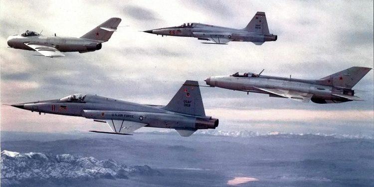 Red Eagles: Η απόρρητη Μοίρα σοβιετικών μαχητικών MIG και Sukhoi… των ΗΠΑ!