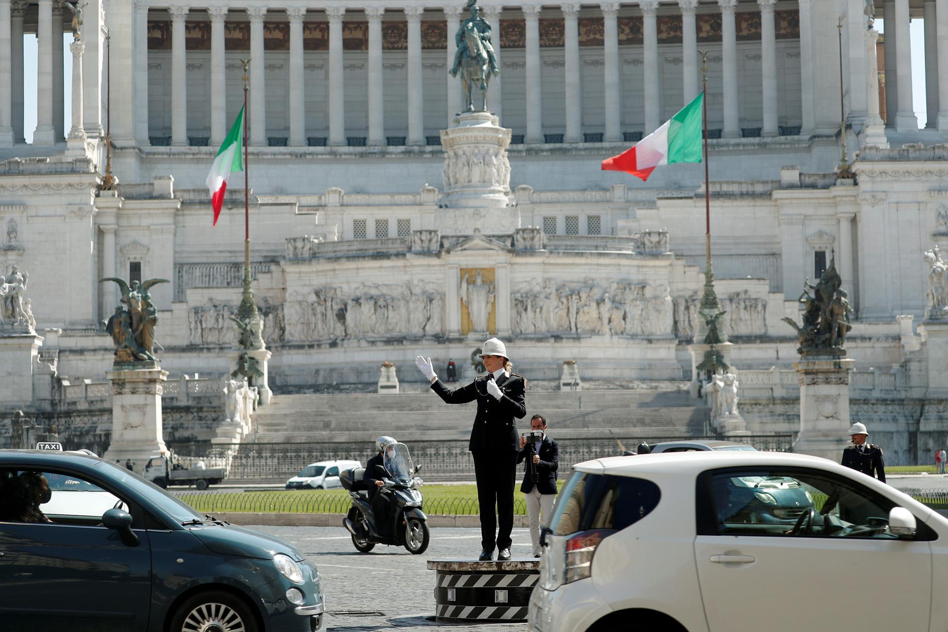 Ιταλία: Ανοίγει στις 2 Ιουνίου ο τουρισμός