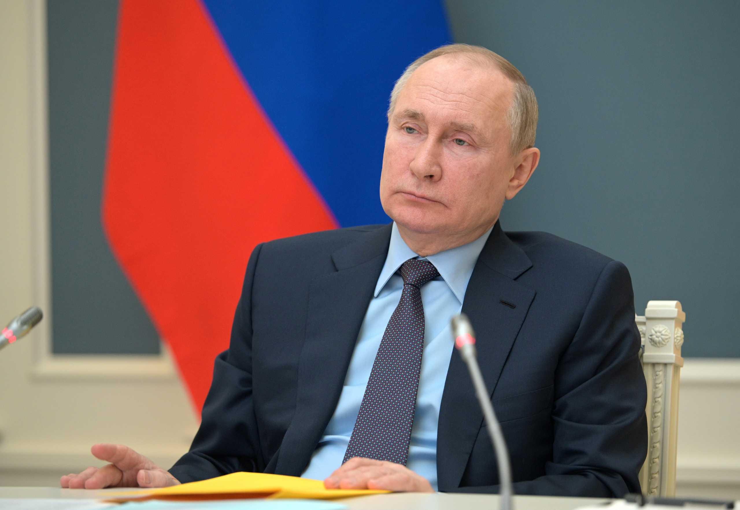 Ο Πούτιν τάσσεται υπέρ της άρσης της πατέντας για τα εμβόλια κορονοϊού