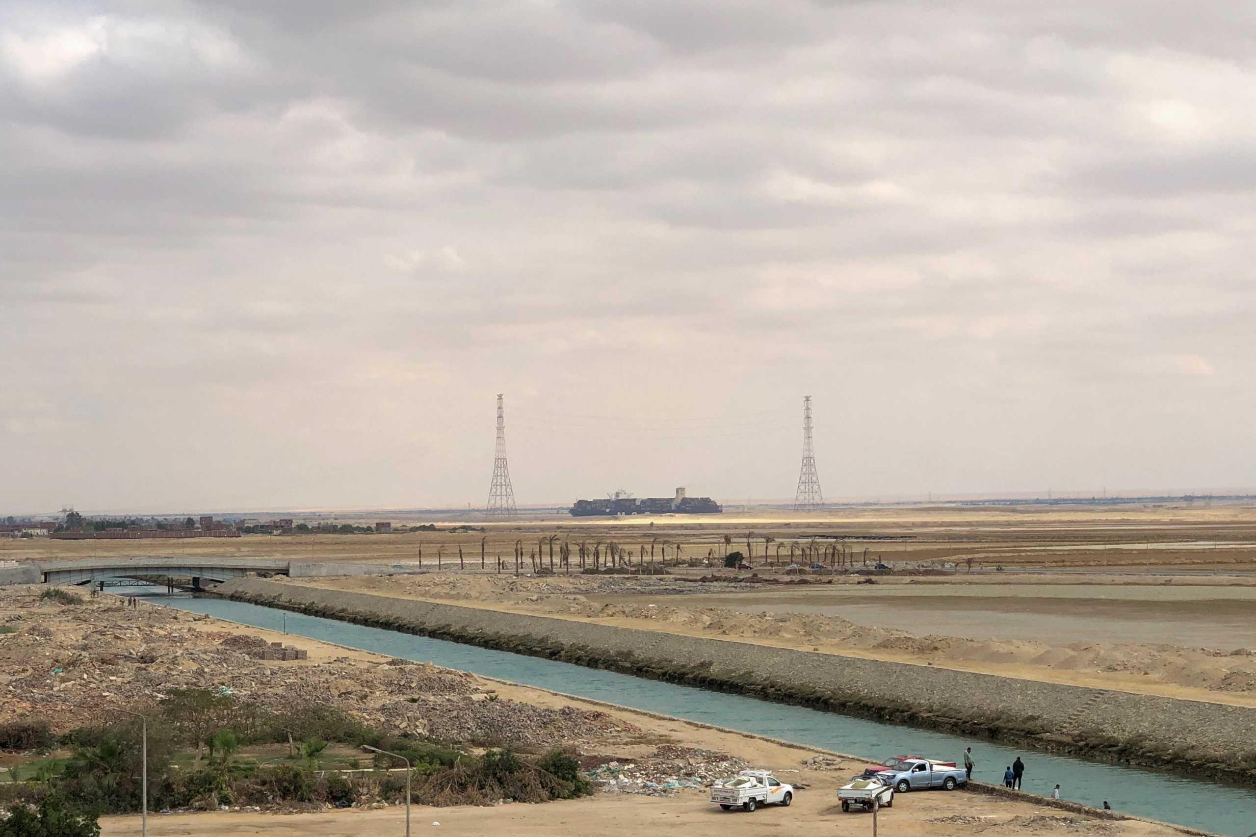 Προβλήματα κυκλοφορίας ξανά στη Διώρυγα του Σουέζ λόγω προβλήματος σε τάνκερ