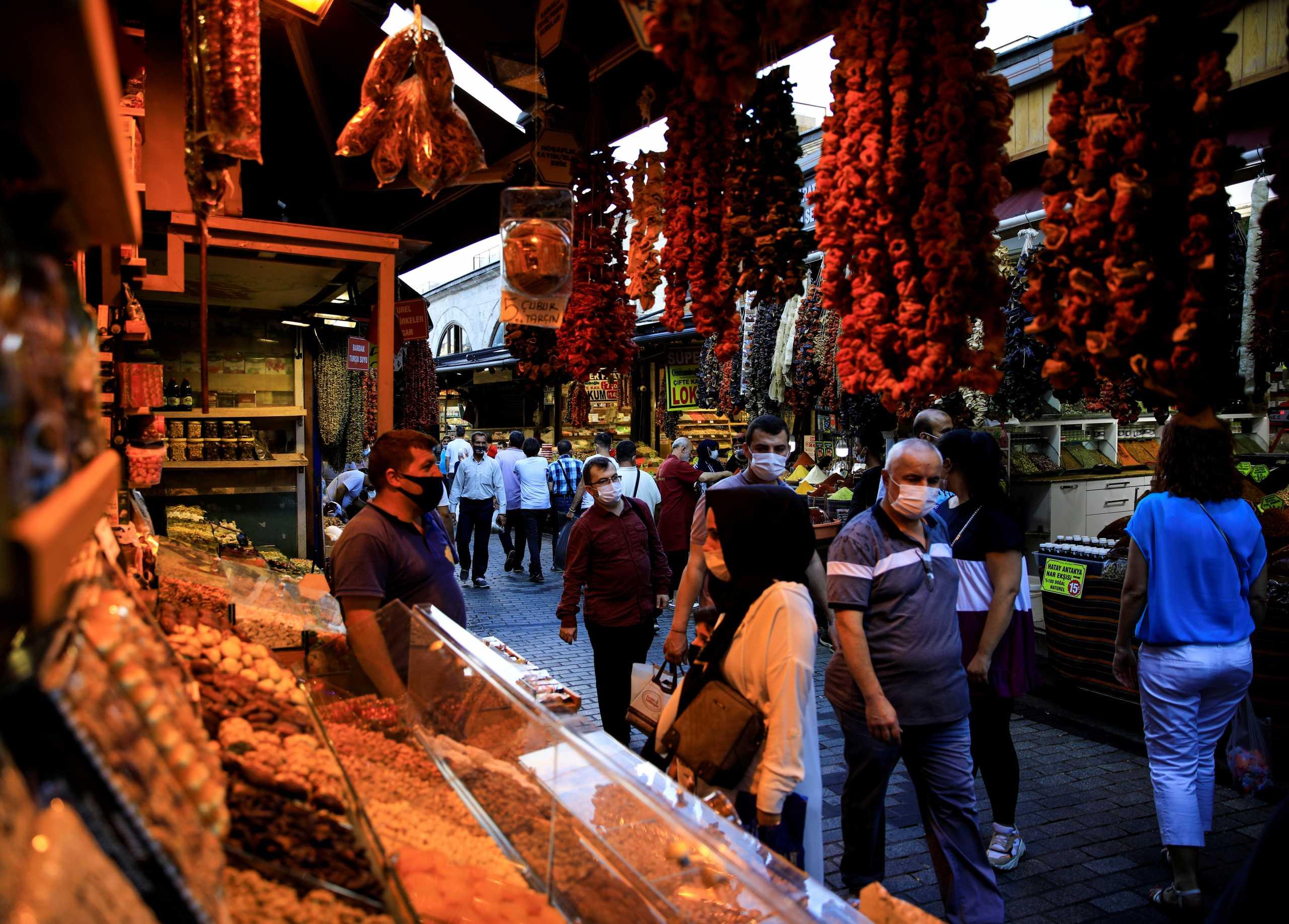 Τουρκία: 124 θάνατοι από κορονοϊό και 26.597 κρούσματα σε ένα 24ωρο