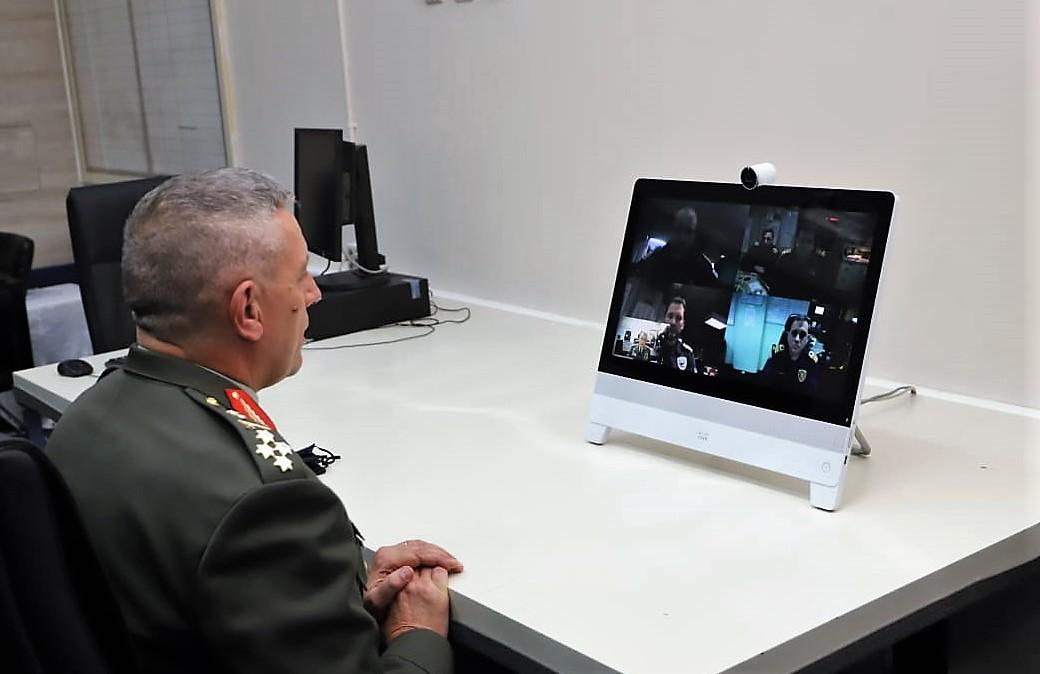 Στρατηγός Φλώρος: Επισκέφθηκε το Αρχηγείο Στόλου και συνομίλησε με κυβερνήτες φρεγατών