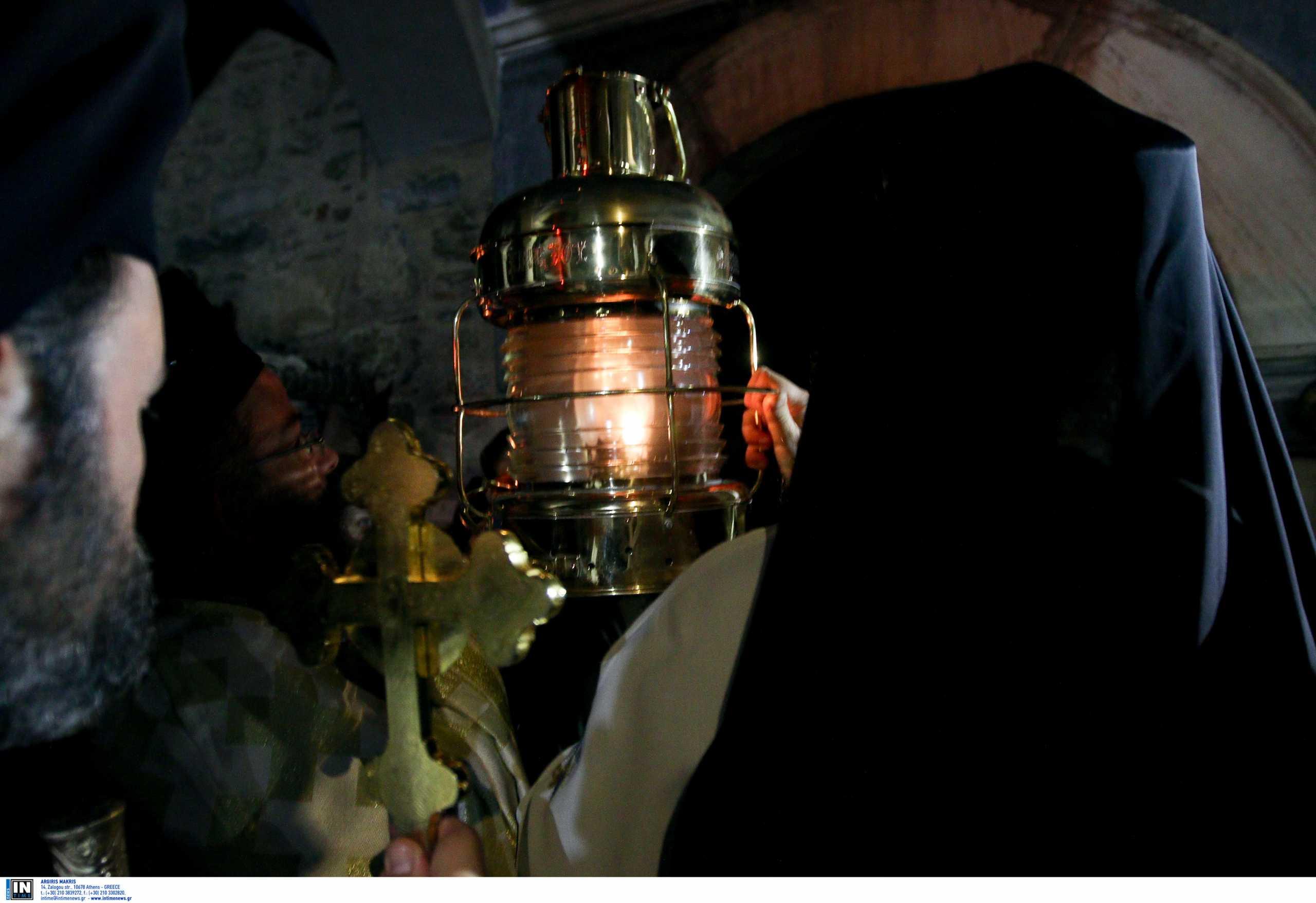 Άγιο Φως: Κανονικά το Μεγάλο Σάββατο στην Ελλάδα με την προσήκουσα ταπεινότητα
