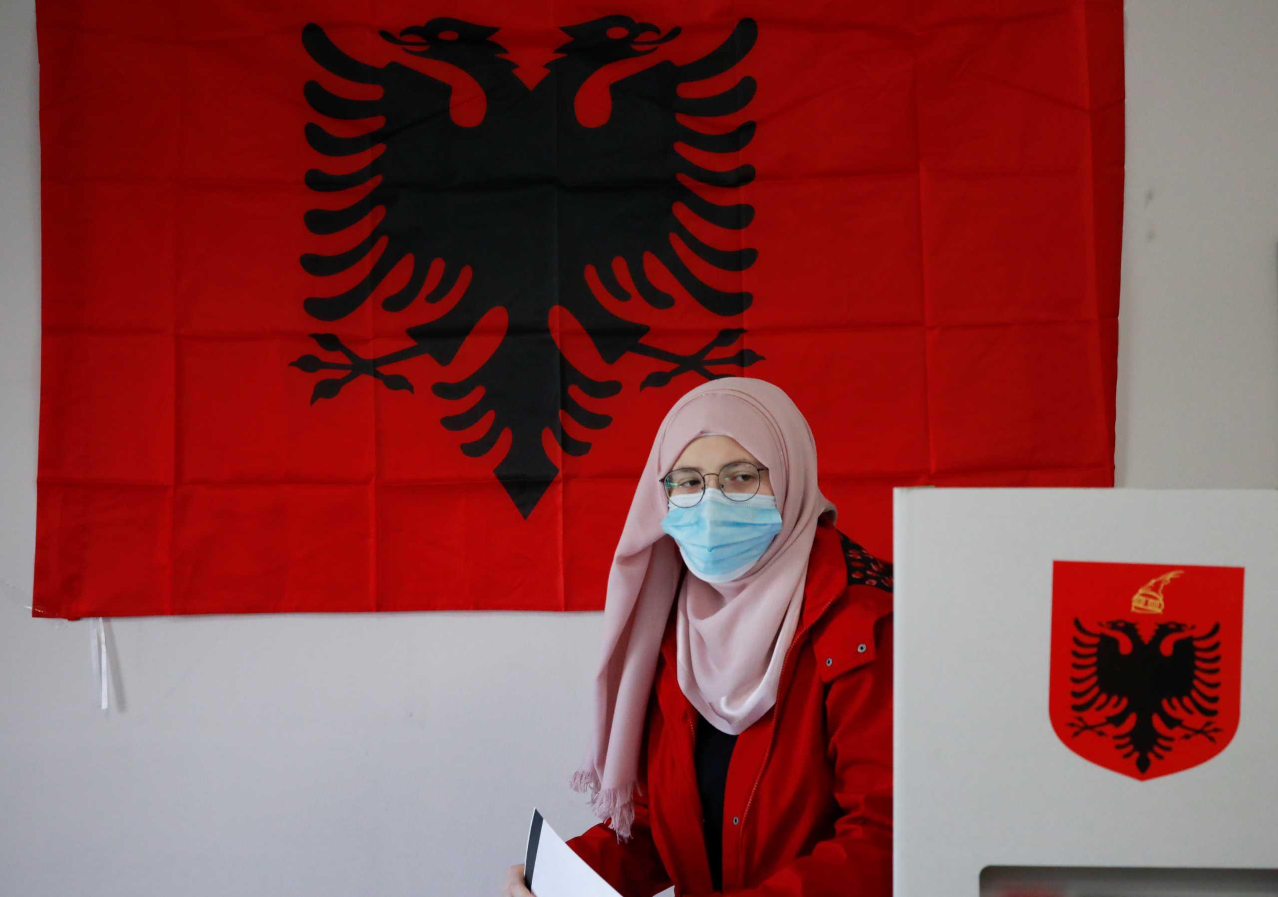 Αλβανία: Νίκη Ράμα δείχνουν τα μέχρι στιγμής αποτελέσματα των εκλογών