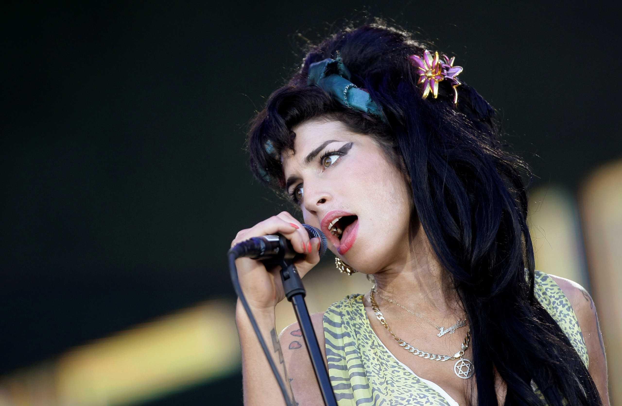 Amy Winehouse 10 Years On»: Νέο ντοκιμαντέρ θα κάνει πρεμιέρα τον Ιούλιο στο BBC