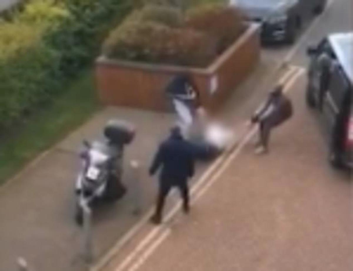 Απαγωγή άνδρα μέρα μεσημέρι στο Λονδίνο – Βίντεο ντοκουμέντο