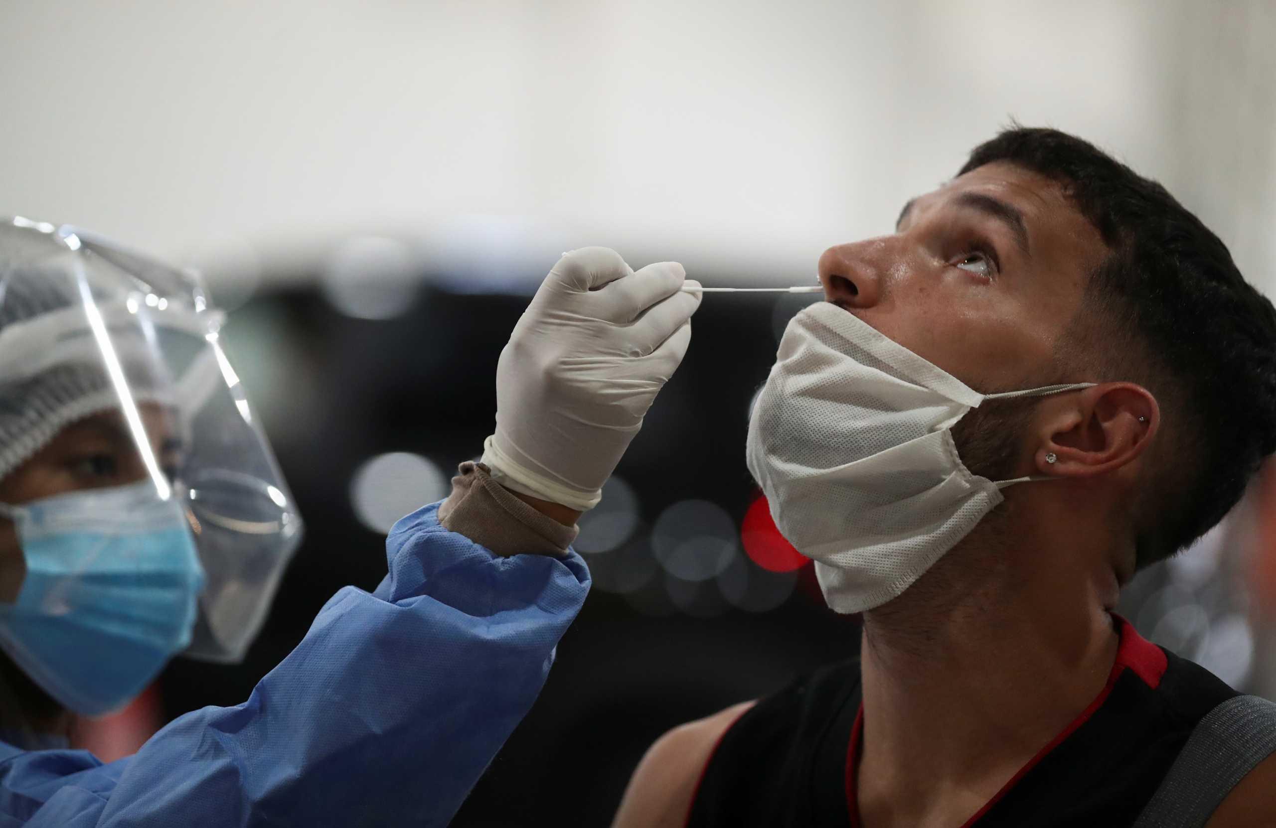 Σαρώνει ο κορονοϊός και στην Αργεντινή: Νέο ρεκόρ με 22.039 κρούσματα σε ένα 24ωρο