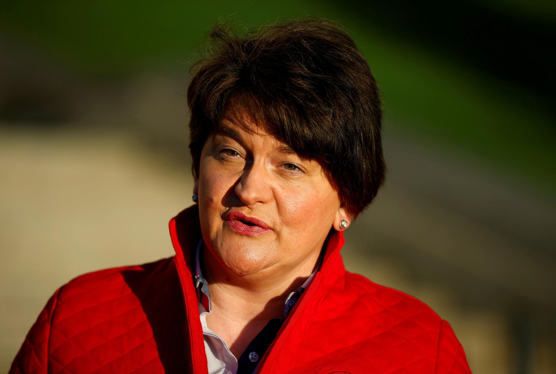 Βόρεια Ιρλανδία: Παραιτείται η πρωθυπουργός Αρλίν Φόστερ