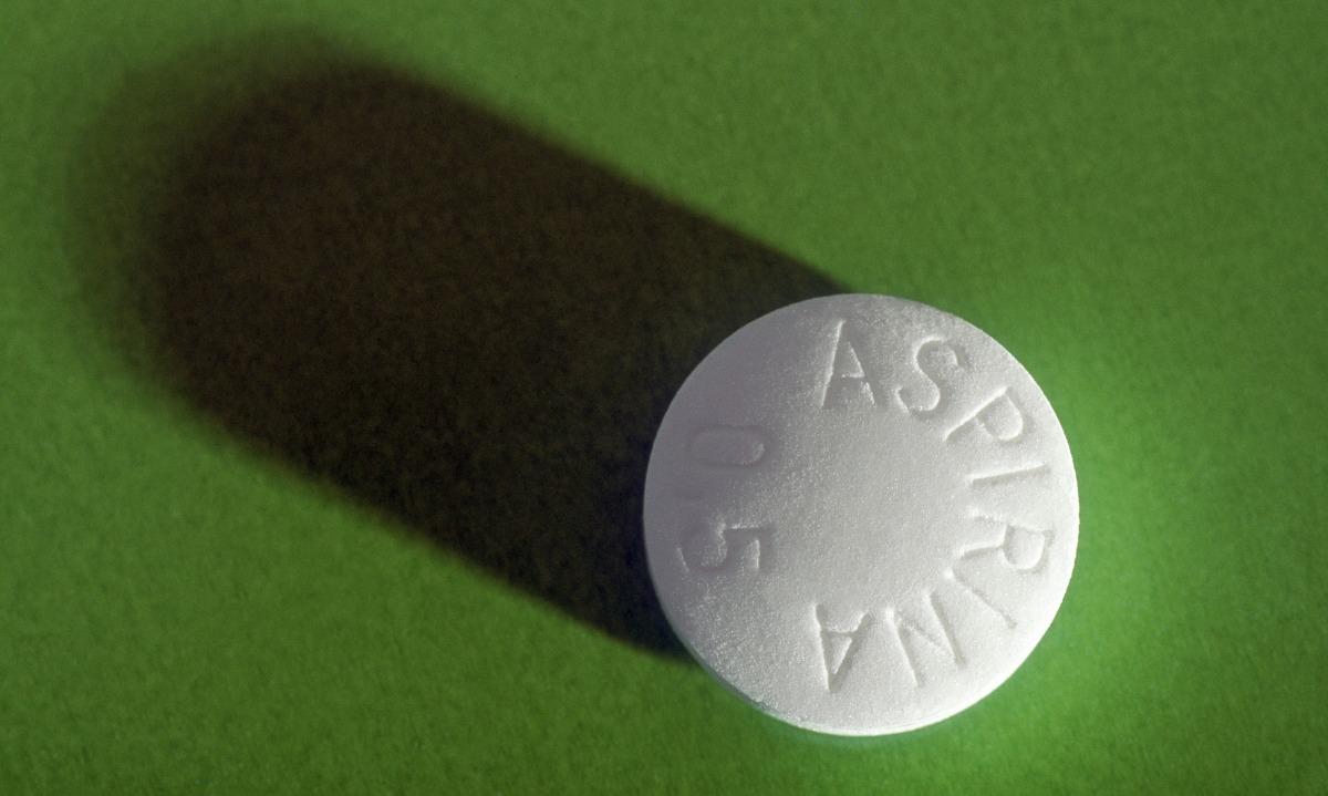 Συνέδεσαν την ασπιρίνη με τον καρκίνο του παχέος εντέρου: Τι ανακάλυψαν
