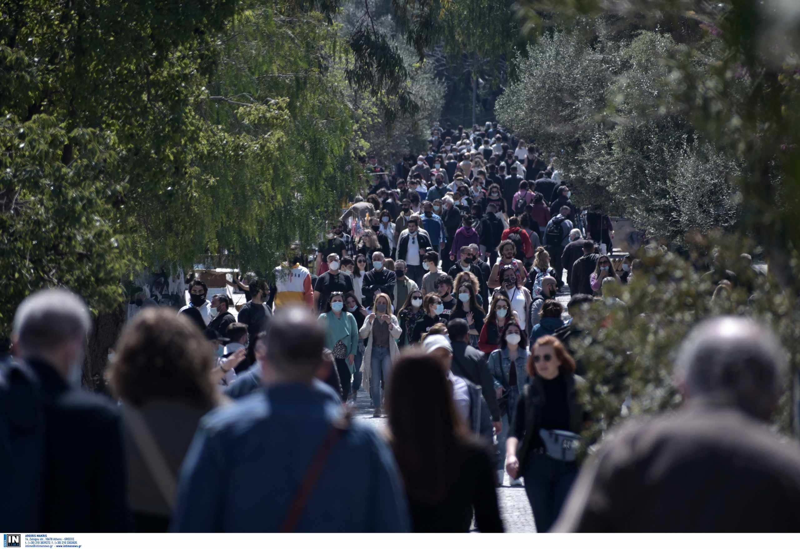 Κορονοϊός: «Μαύρες» προβλέψεις για την επόμενη εβδομάδα