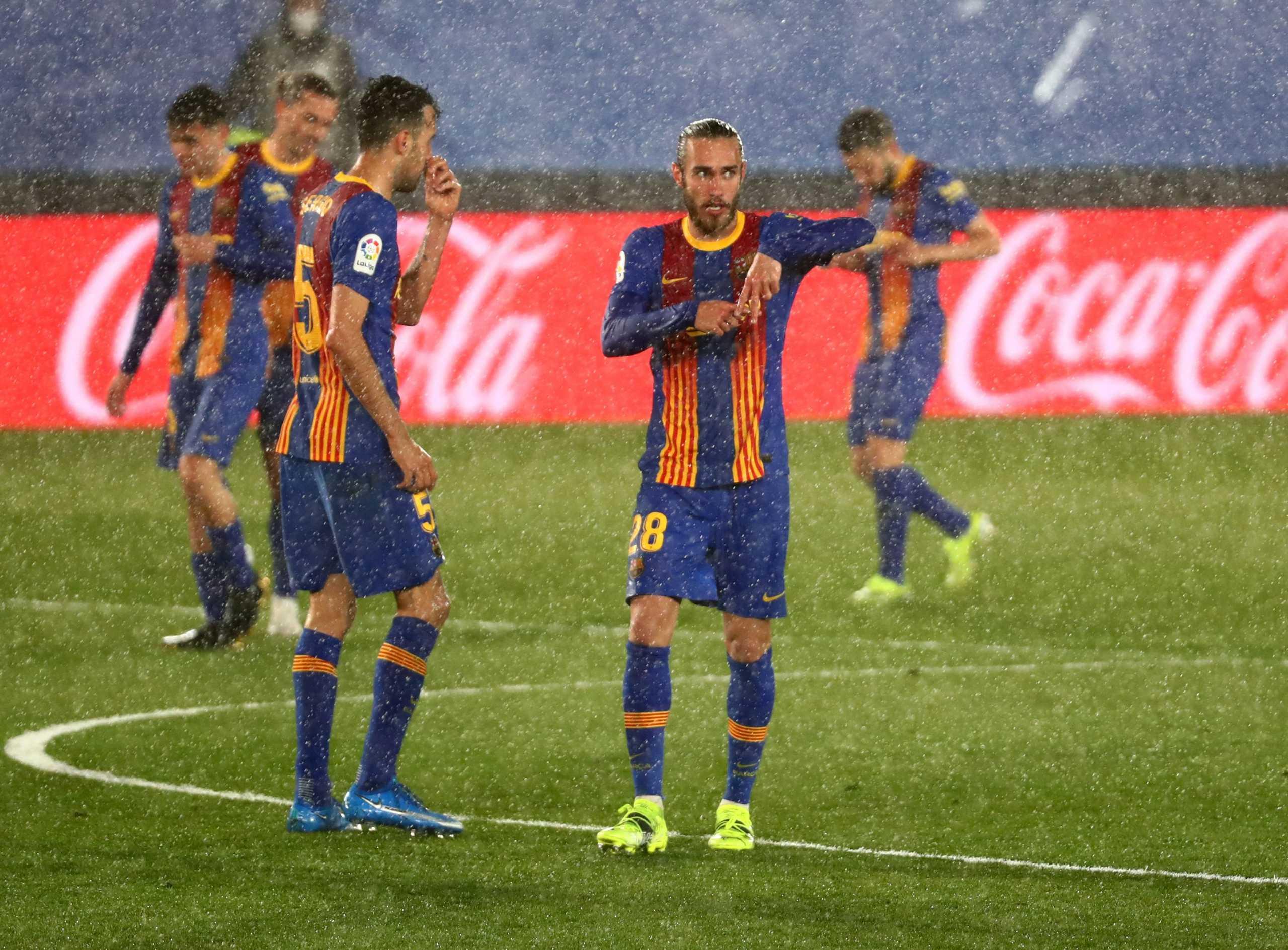 Ρεάλ – Μπαρτσελόνα: Ο Μινγκέθα έβαλε με το καλάμι στο παιχνίδι τους Καταλανούς (video)
