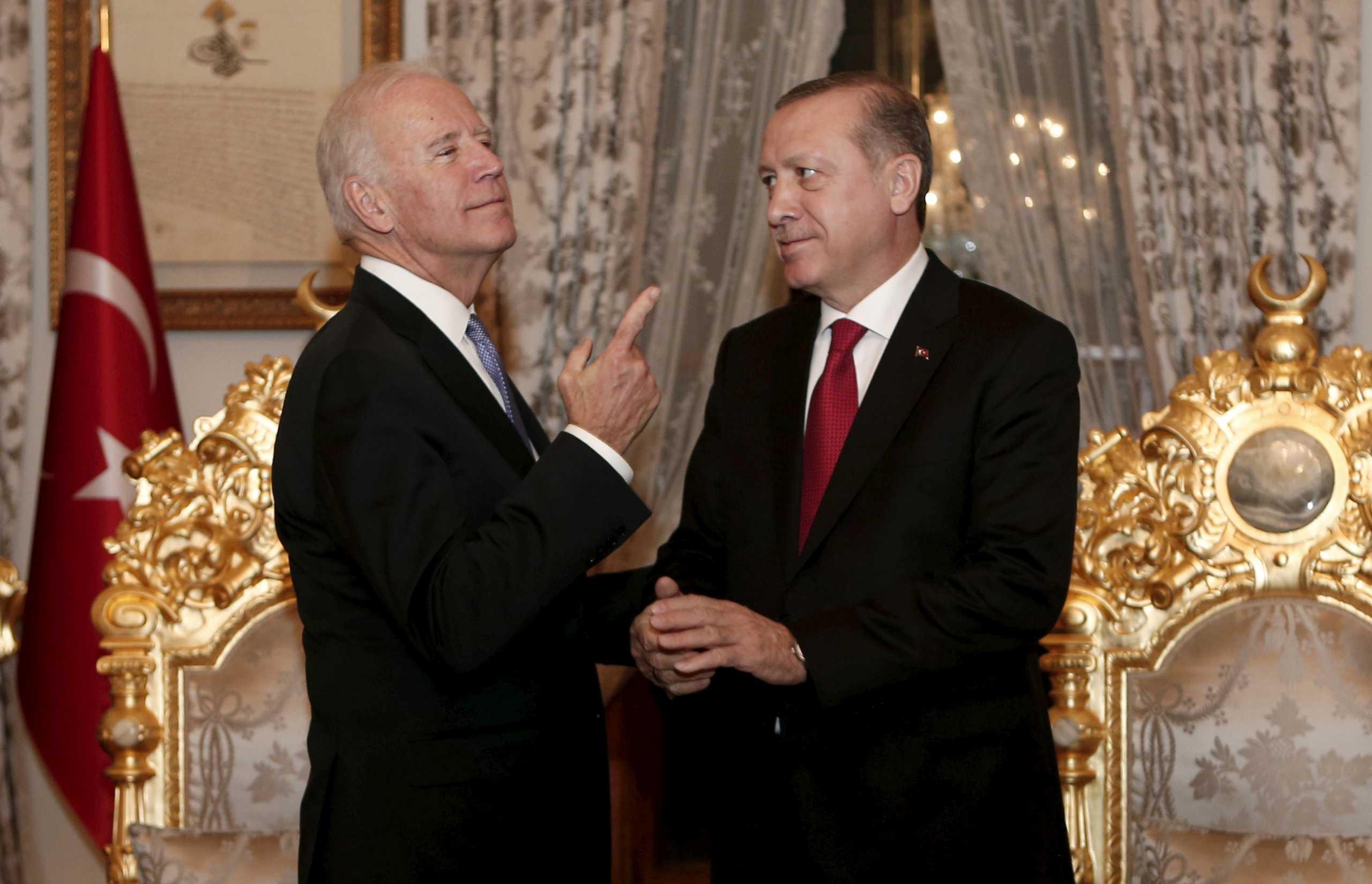 Μπάιντεν και Ερντογάν συμφώνησαν να συναντηθούν – Το πρώτο τους τηλεφώνημα