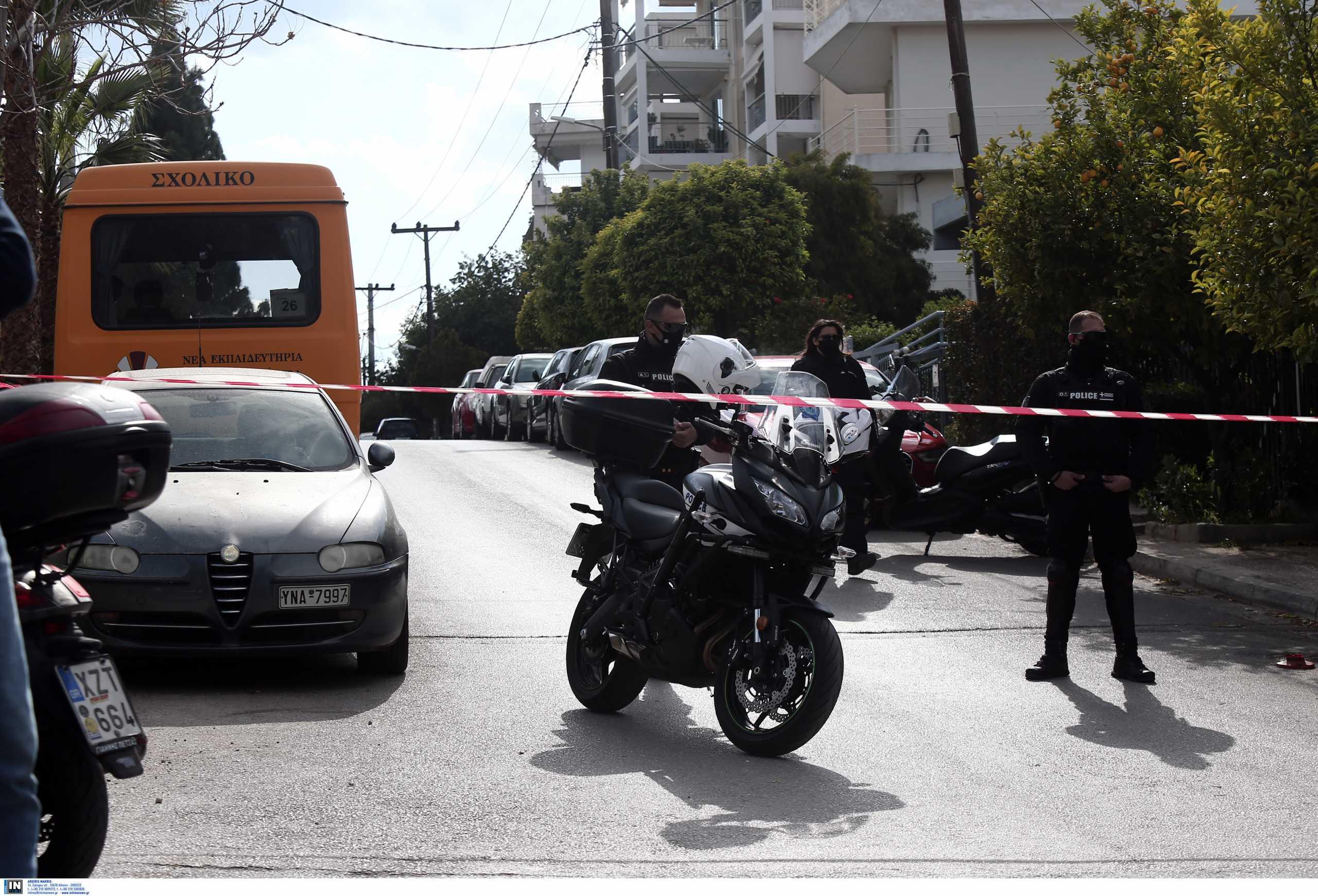 Γιώργος Καραϊβάζ: Αυτόπτες μάρτυρες περιγράφουν τη στιγμή της δολοφονίας – «Κοίταξαν να δουν αν είναι νεκρός»