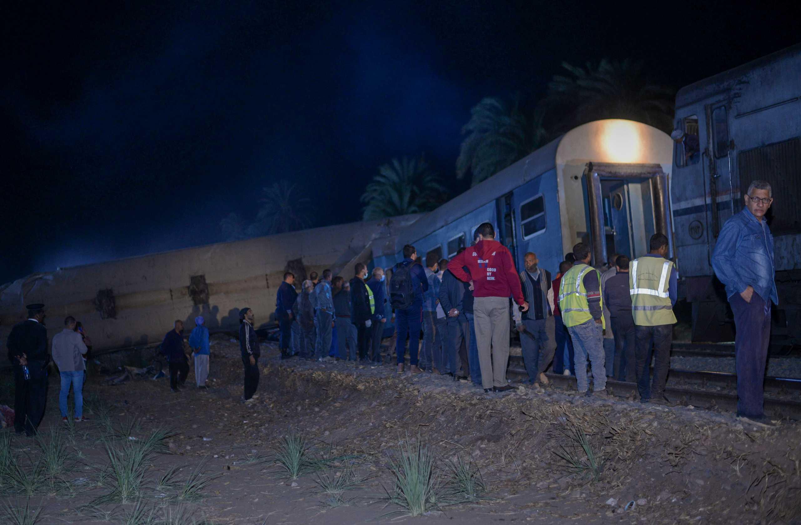 Αίγυπτος: Δεκαπέντε τραυματίες από εκτροχιασμό τρένου
