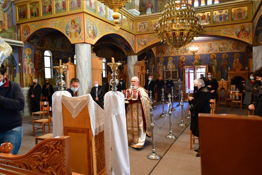 Πάσχα: Πως θα λειτουργήσουν οι εκκλησίες τη Μεγάλη Εβδομάδα – Το ωράριο και ο αριθμός των πιστών