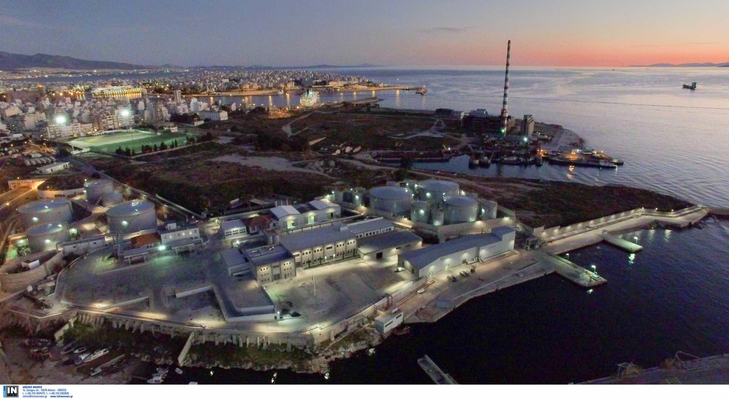 Ελευσίνα: Συναγερμός για πετρελαιοκηλίδες – Επιχειρήσεις απορρύπανσης σήμερα