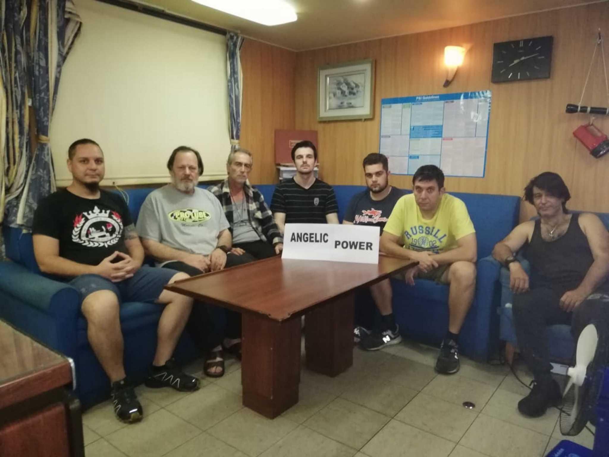 Επιστρέφουν στην Ελλάδα μετά από 15 μήνες οι εγκλωβισμένοι ναυτικοί του Angelic Power