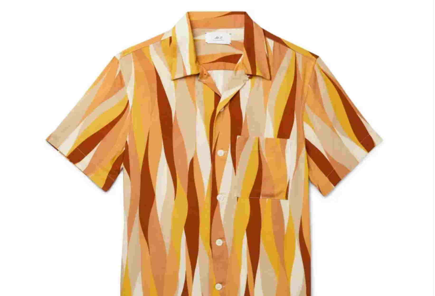 Τα εμπριμέ πουκάμισα θα φορεθούν και αυτό το καλοκαίρι