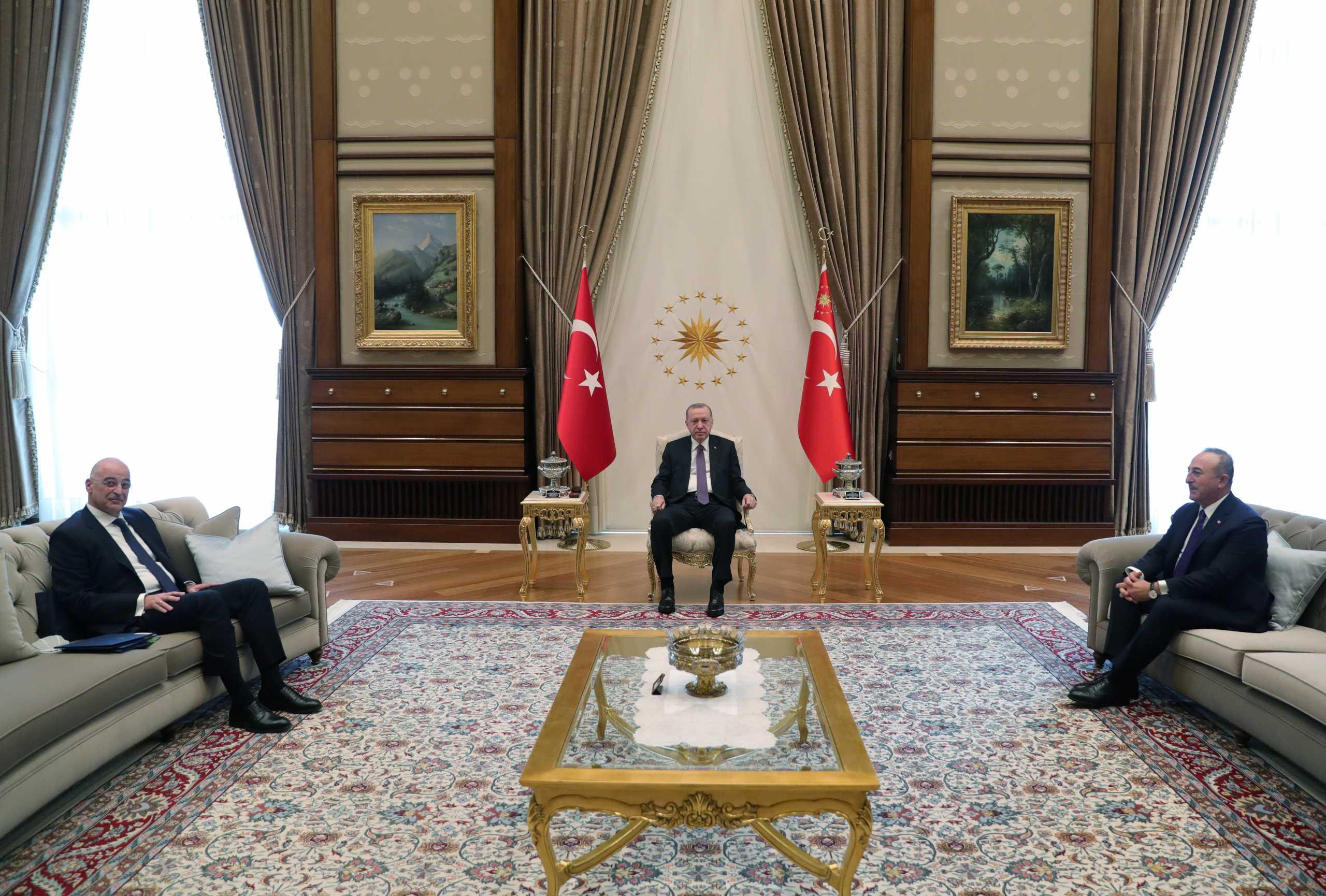 Ο Νίκος Δένδιας στην Άγκυρα – Η συνάντηση με τον Ταγίπ Ερντογάν