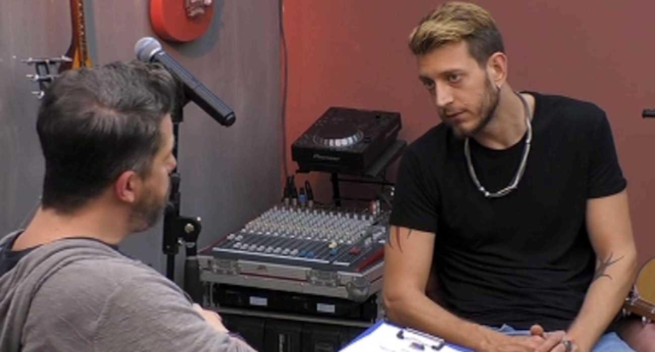 House of fame: Ο Χάρης Βαρθακούρης θέλησε να βοηθήσει τον Γιώργο Ντίνο