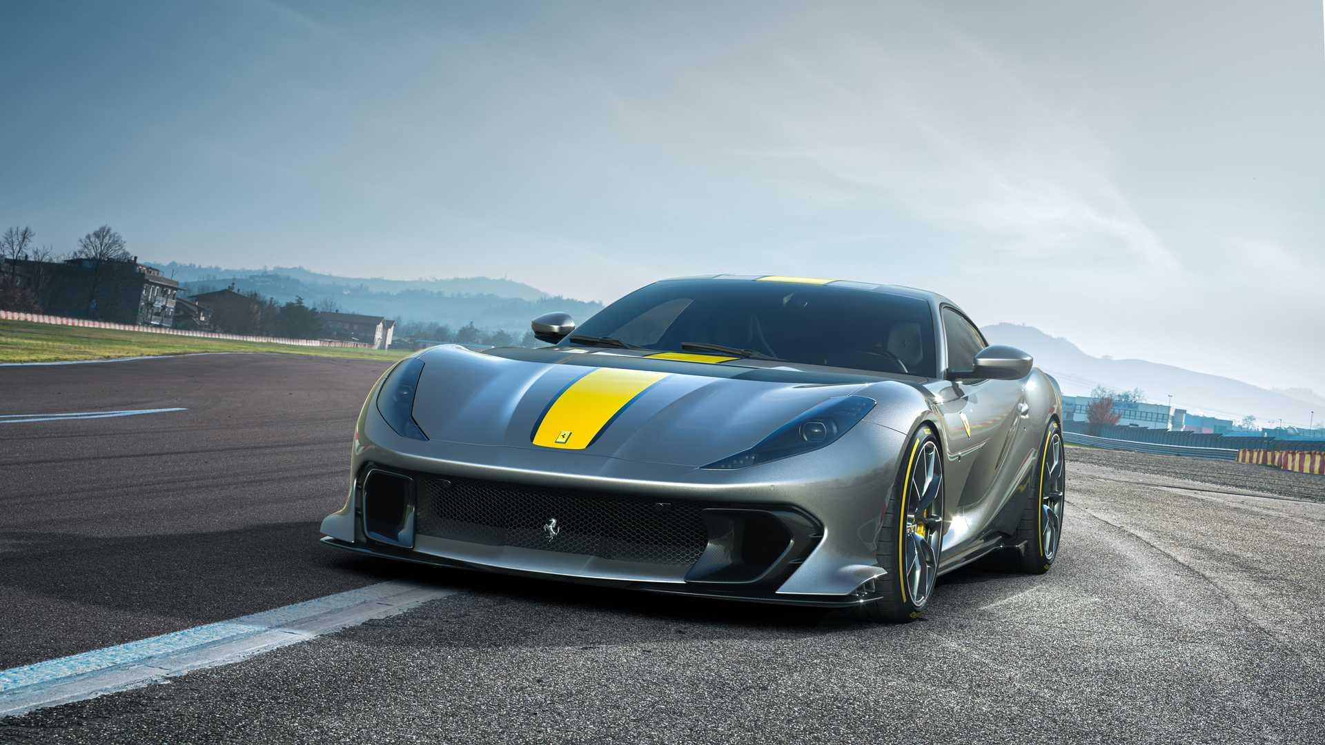 Ferrari: Παρουσίασε νέο μοντέλο αλλά κρατάει κρυφό το όνομά του! (pics)