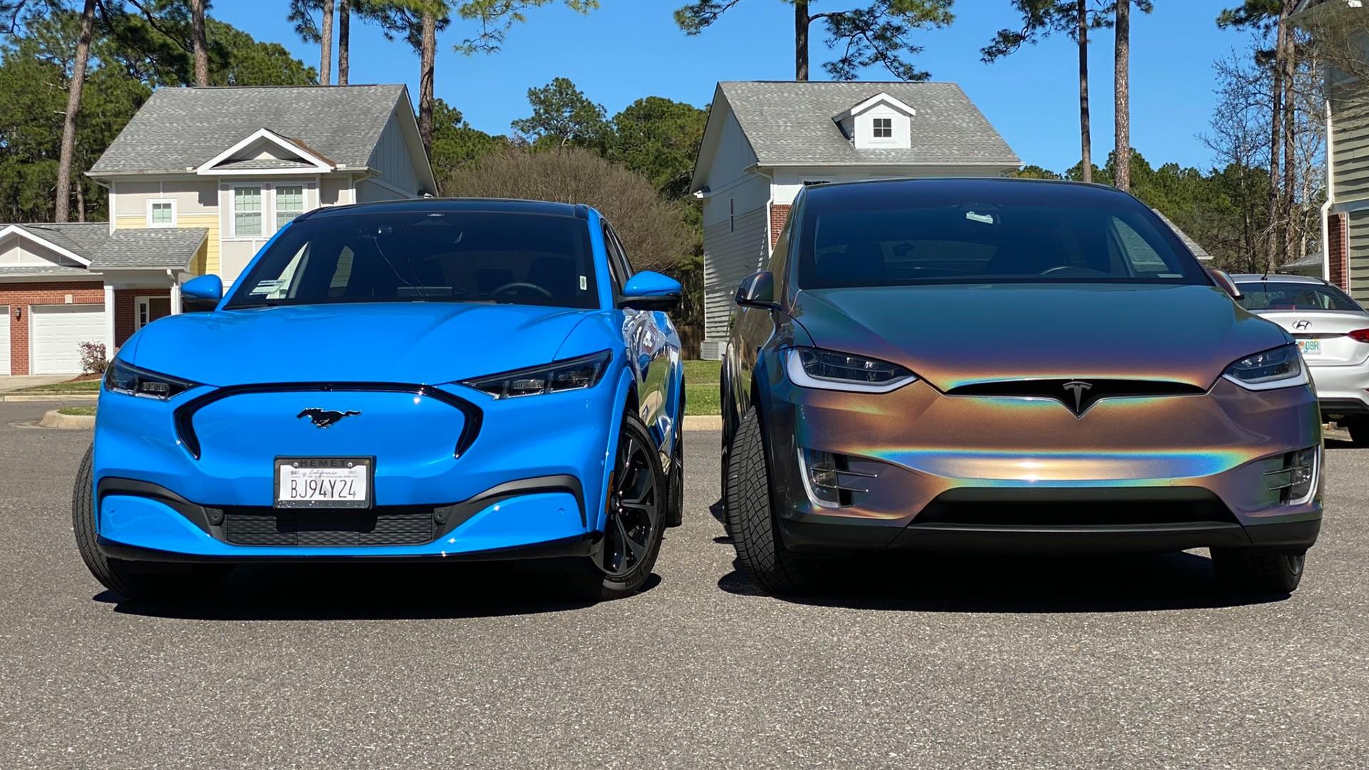 Ιδιοκτήτες Tesla κάνουν bullying σε όσους απέκτησαν την ηλεκτρική Ford Mustang Mach-E!