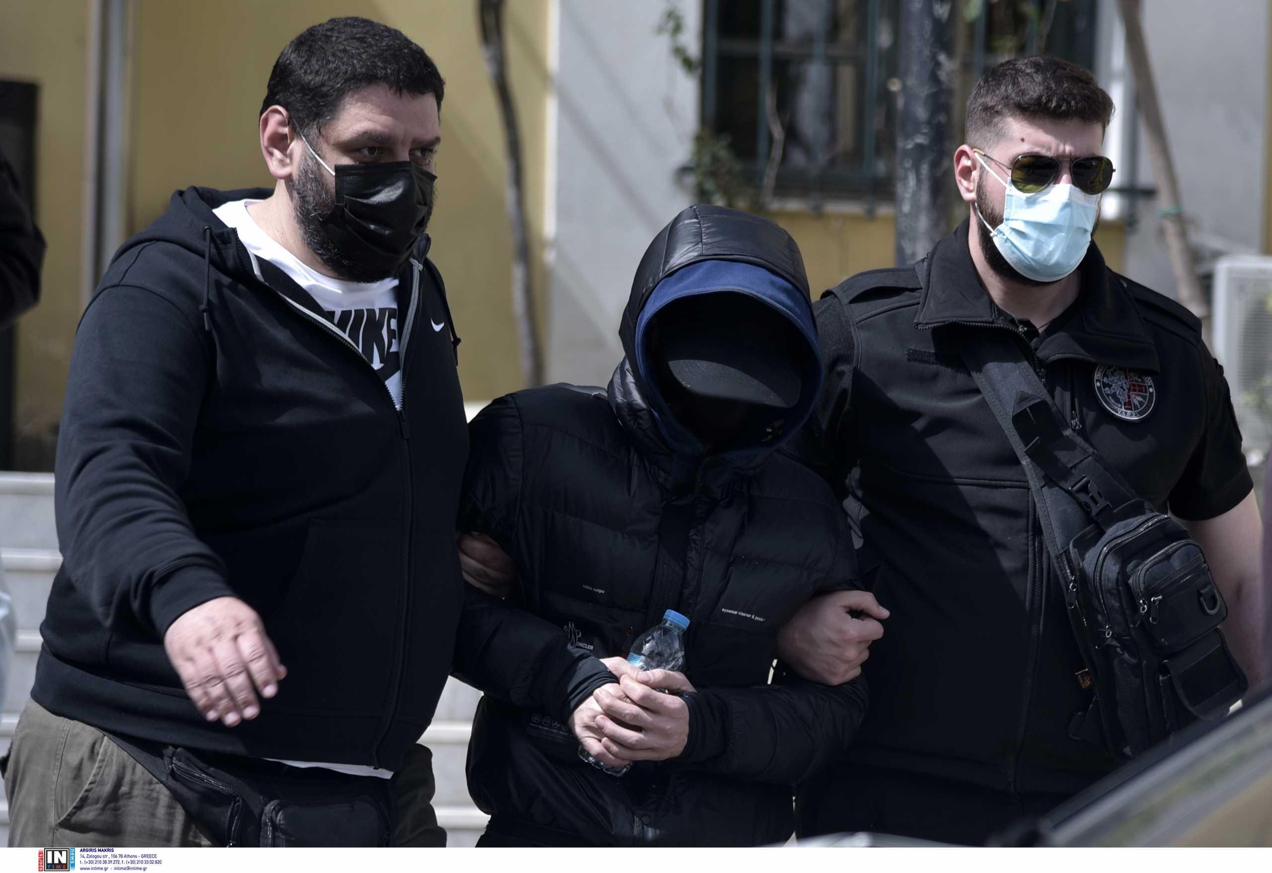 Μένιος Φουρθιώτης: Του απαγγέλθηκαν βαριές κατηγορίες από τον εισαγγελέα
