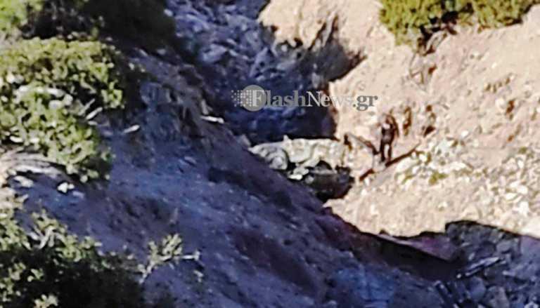 Γαύδος: Θανατηφόρα πτώση αυτοκινήτου σε γκρεμό – Μια γυναίκα νεκρή και ένας τραυματίας (pics)