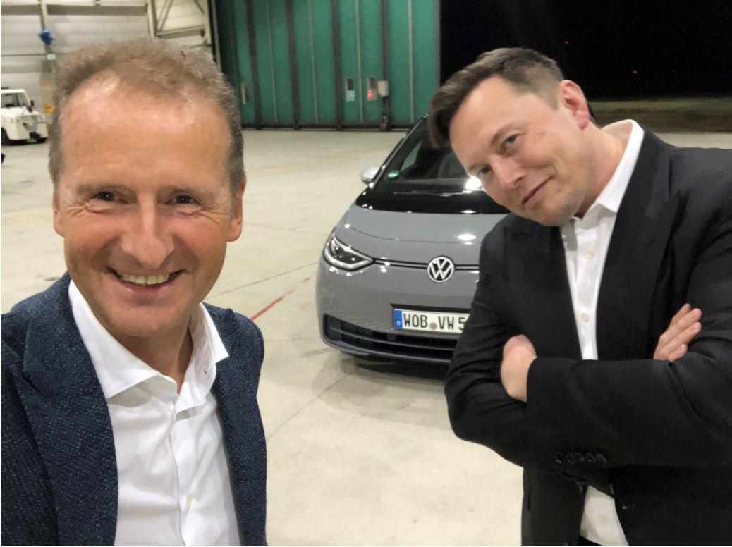 Ο γάμος του νυν της VW με την Tesla που έμεινε στον… αρραβώνα!