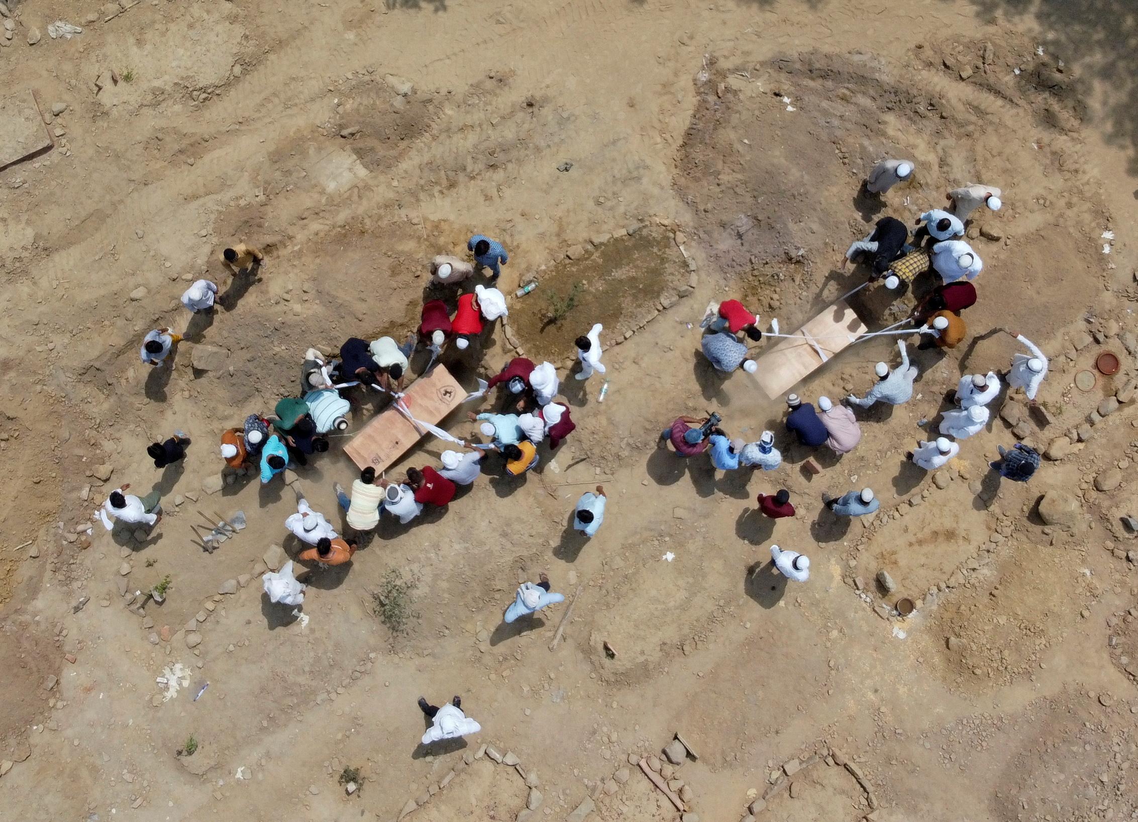 Ινδία: Νέο σοκ με 261.500 κρούσματα κορονοϊού το τελευταίο 24ωρο – 1.501 θάνατοι
