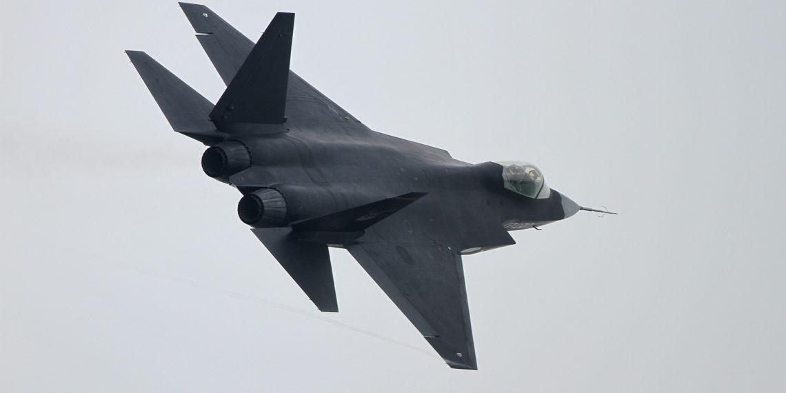 J-31: Οι Κινέζοι φαίνεται πως… αποκάλυψαν την αποστολή του μυστηριώδους stealth μαχητικού!
