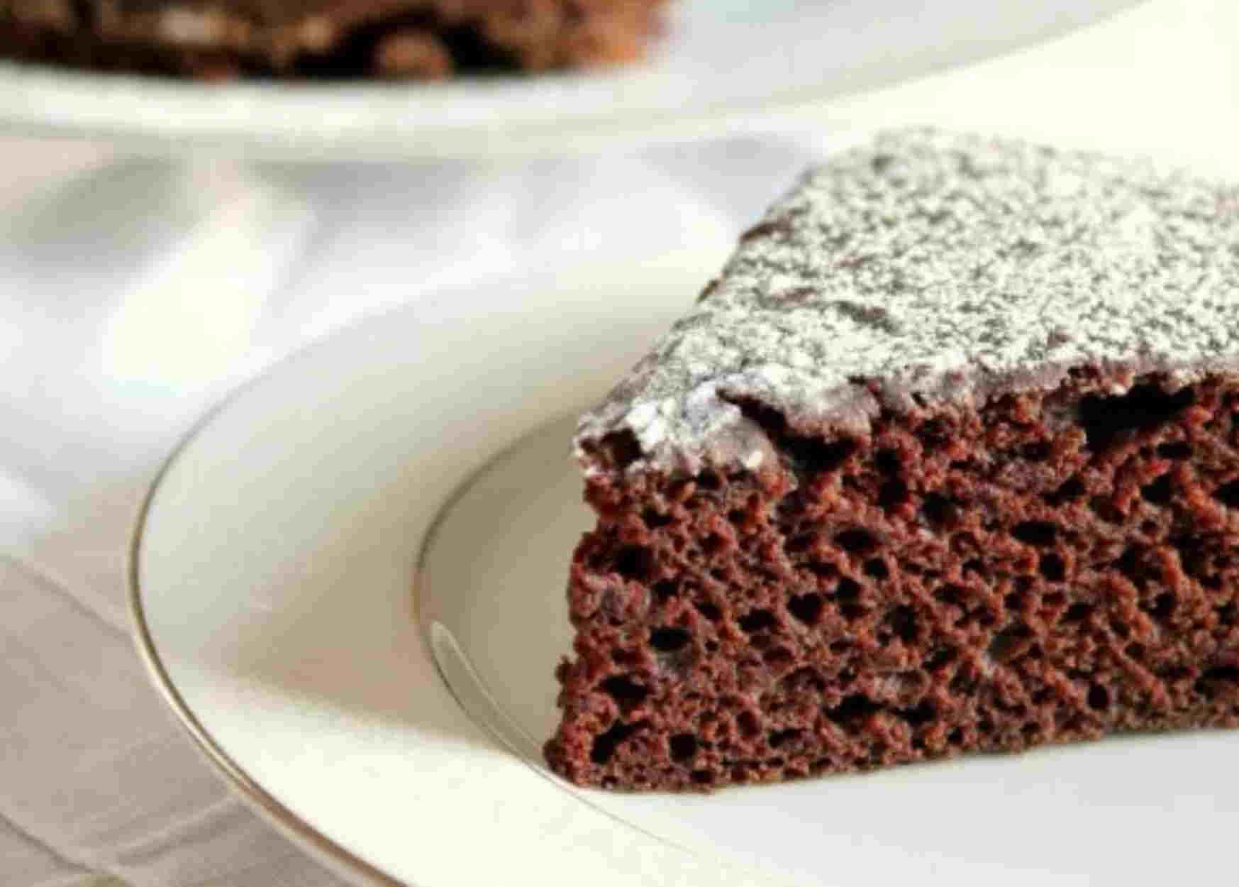 Εύκολο κέικ με μερέντα ακόμα και για σένα που δεν ξέρεις πως ανάβει ο φούρνος