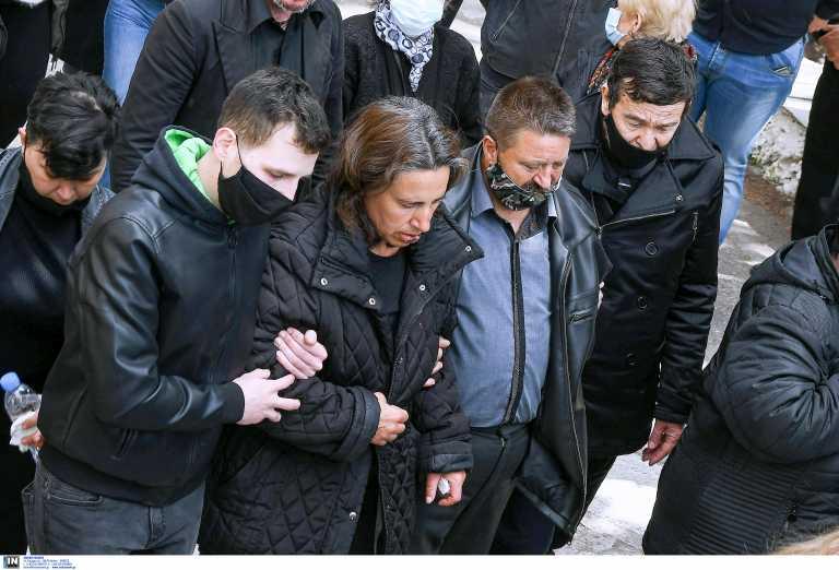 Μακρινίτσα: Πιάνει δουλειά ο πατέρας των θυμάτων του διπλού φονικού - «Η σύνταξη των 400 ευρώ δεν φτάνει»