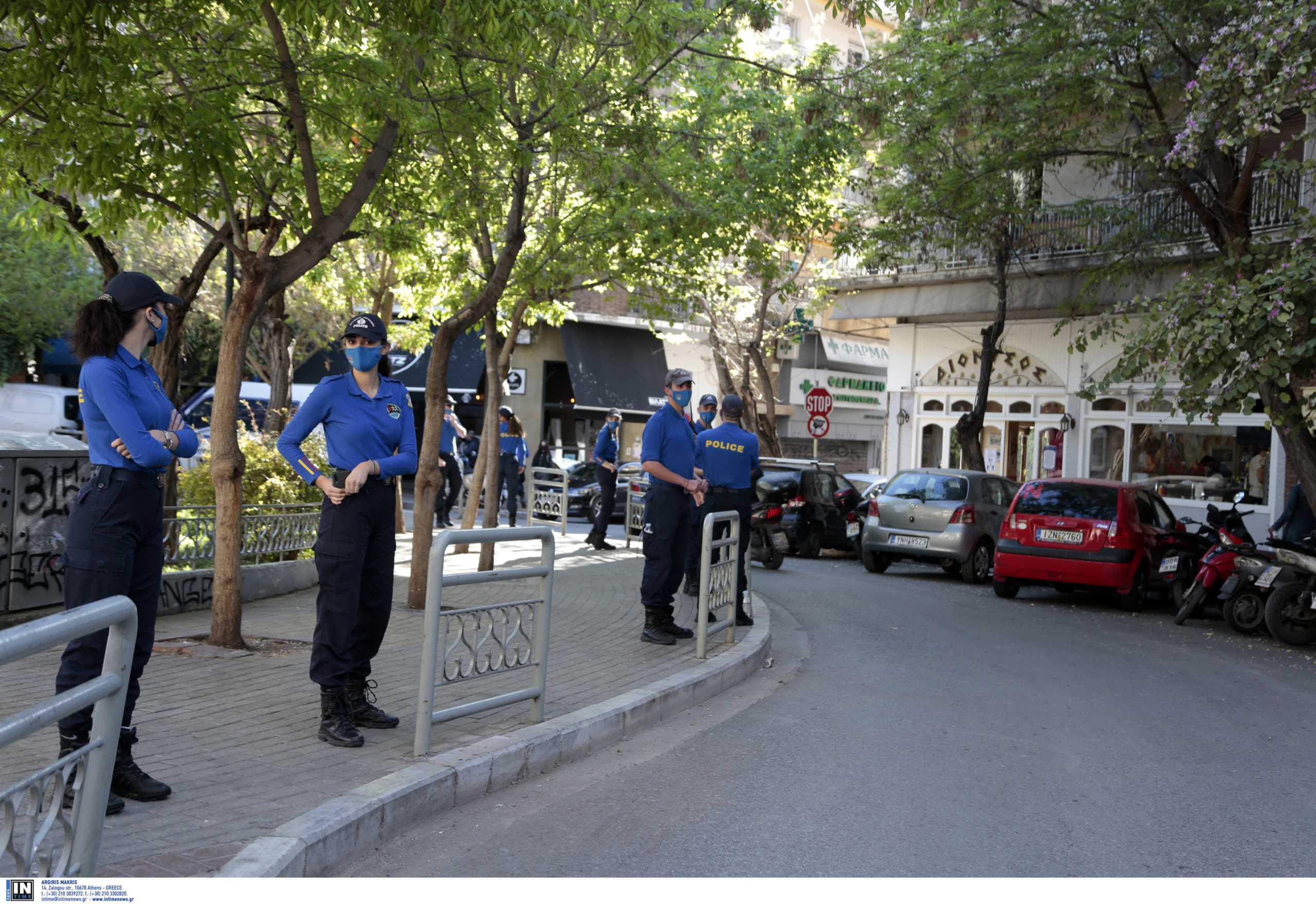Αυστηροί έλεγχοι σε Κυψέλη και Περιστέρι μετά τα κορονοπάρτι: 7 συλλήψεις και… 295 παραβάσεις