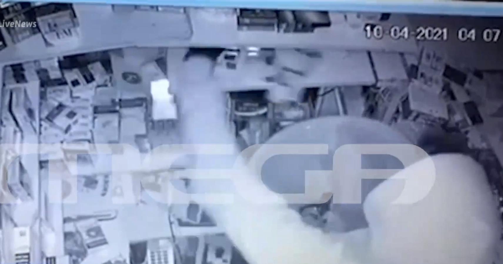 Ηράκλειο: Έκλεβαν επί 5 ώρες περίπτερο, αλλά πλήρωσαν το λάθος με τα barcode (vid)
