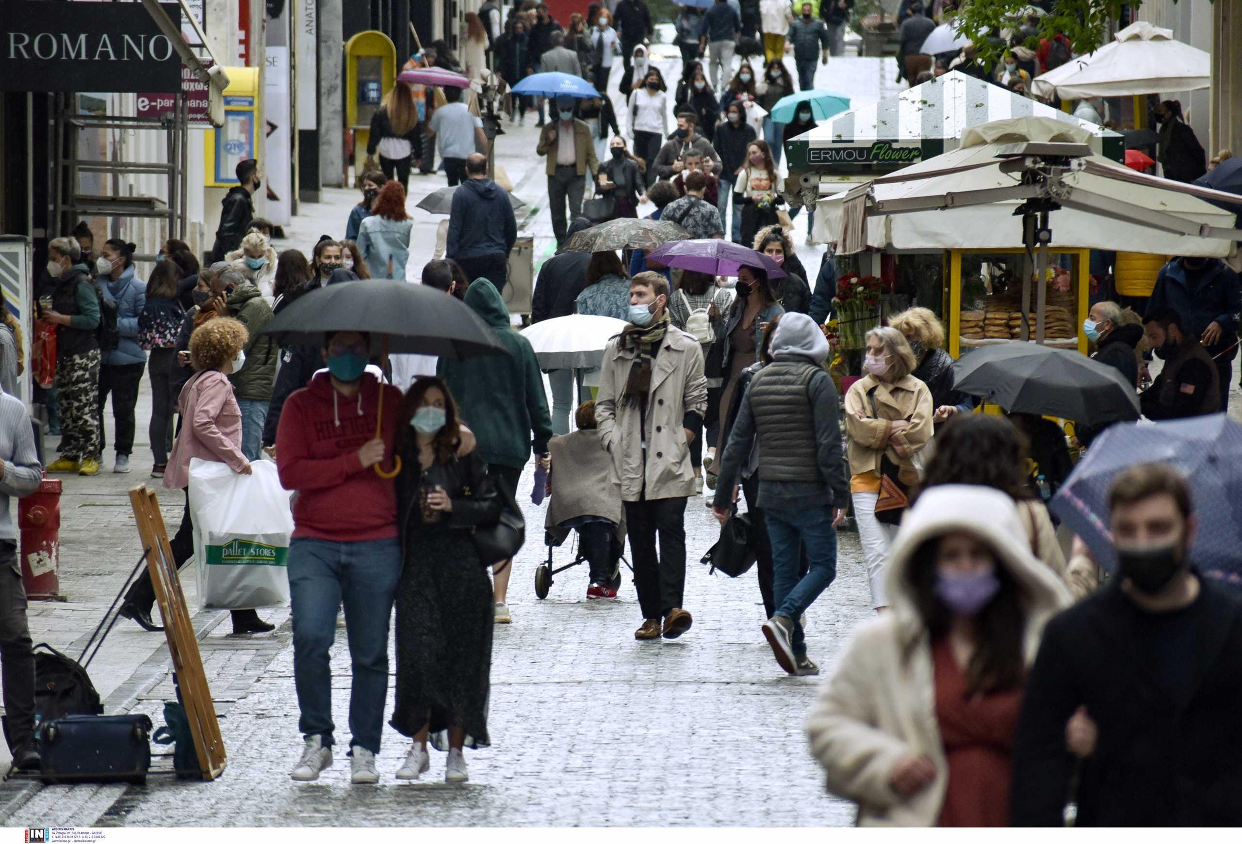 Βασιλακόπουλος: Θα έχουμε μικρή αύξηση κρουσμάτων το Πάσχα – Συναντήσεις στα μπαλκόνια