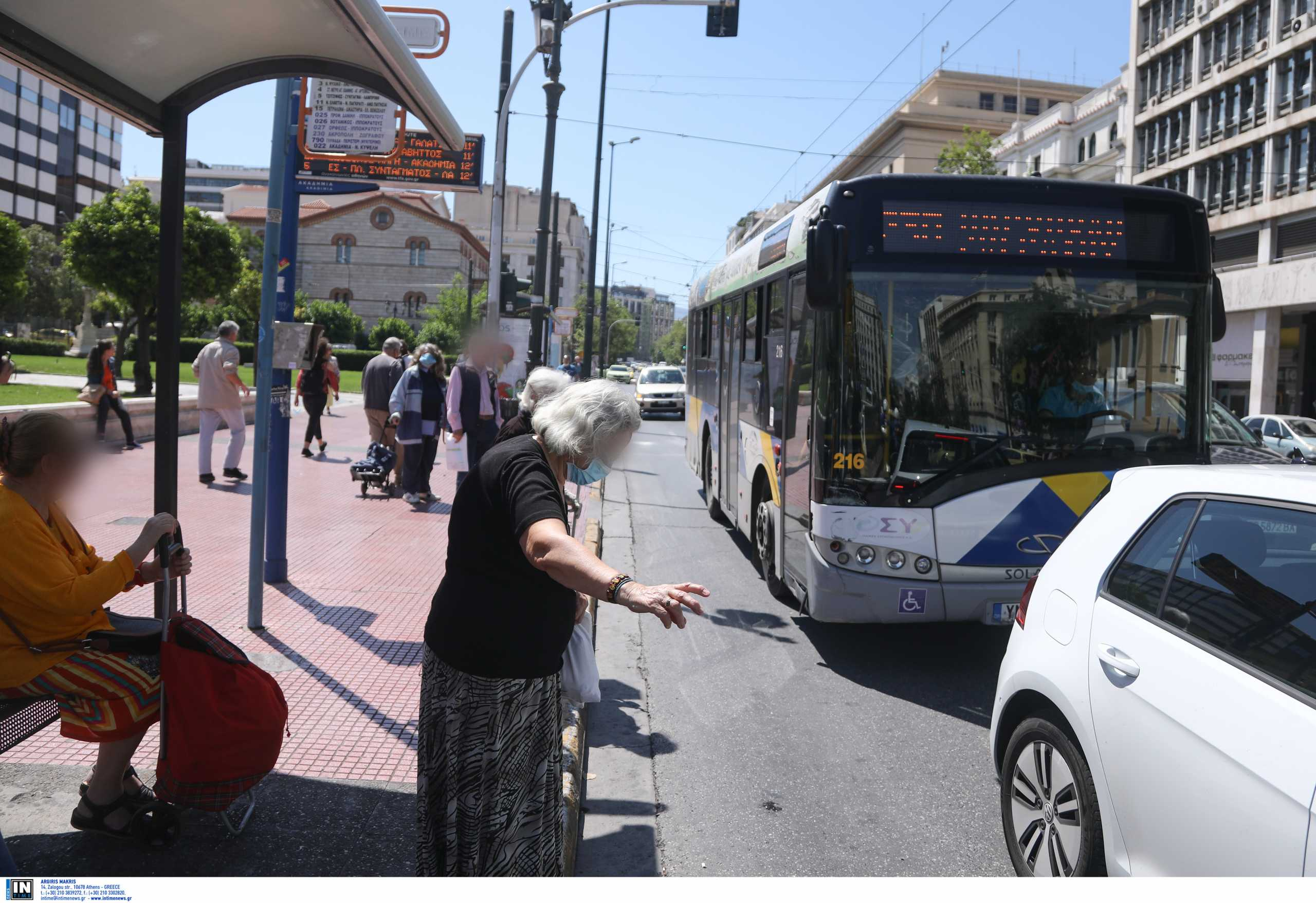 Καραμανλής: Θα έχουμε 1.500 λεωφορεία το επόμενο 3μηνο – Τα ΜΜΜ είναι εστίες μετάδοσης όχι υπερμετάδοσης (vid)