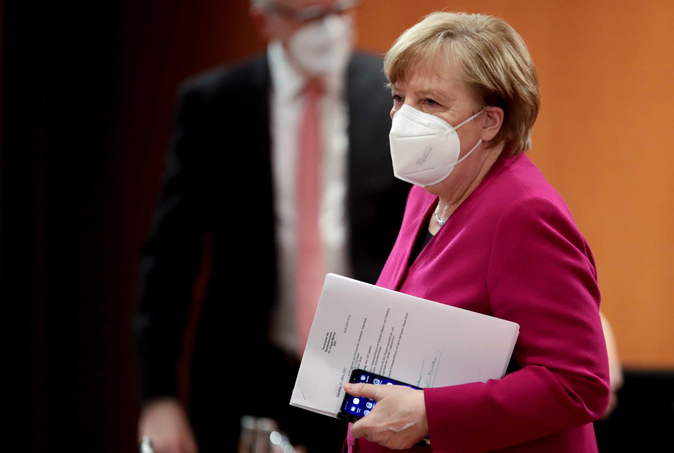 Γερμανία: Προς αναβολή η διάσκεψη της Μέρκελ με τους πρωθυπουργούς των κρατιδίων για το lockdown