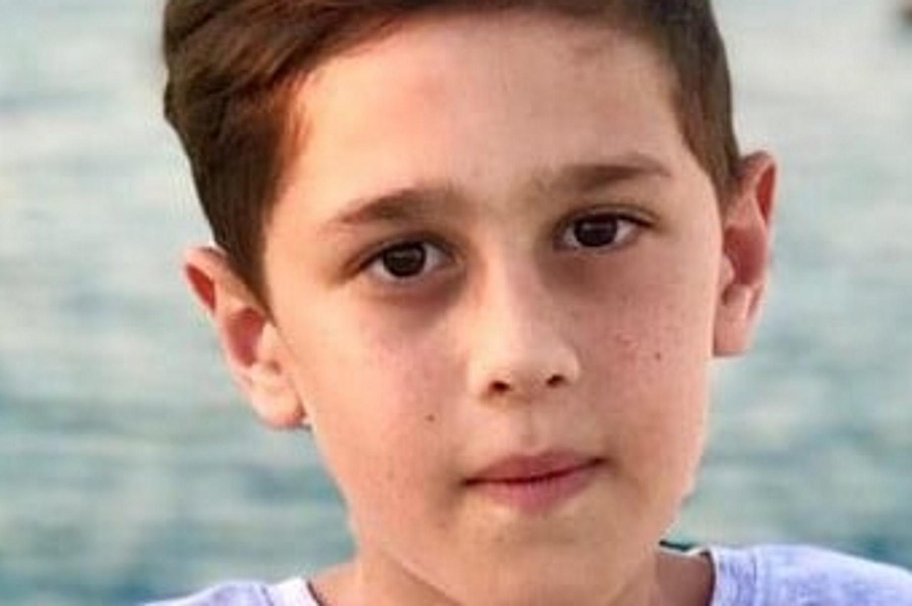 Στην Ιταλία ο μικρός Ανδρέας – «Χαμογελά και ελπίζει στο θαύμα»