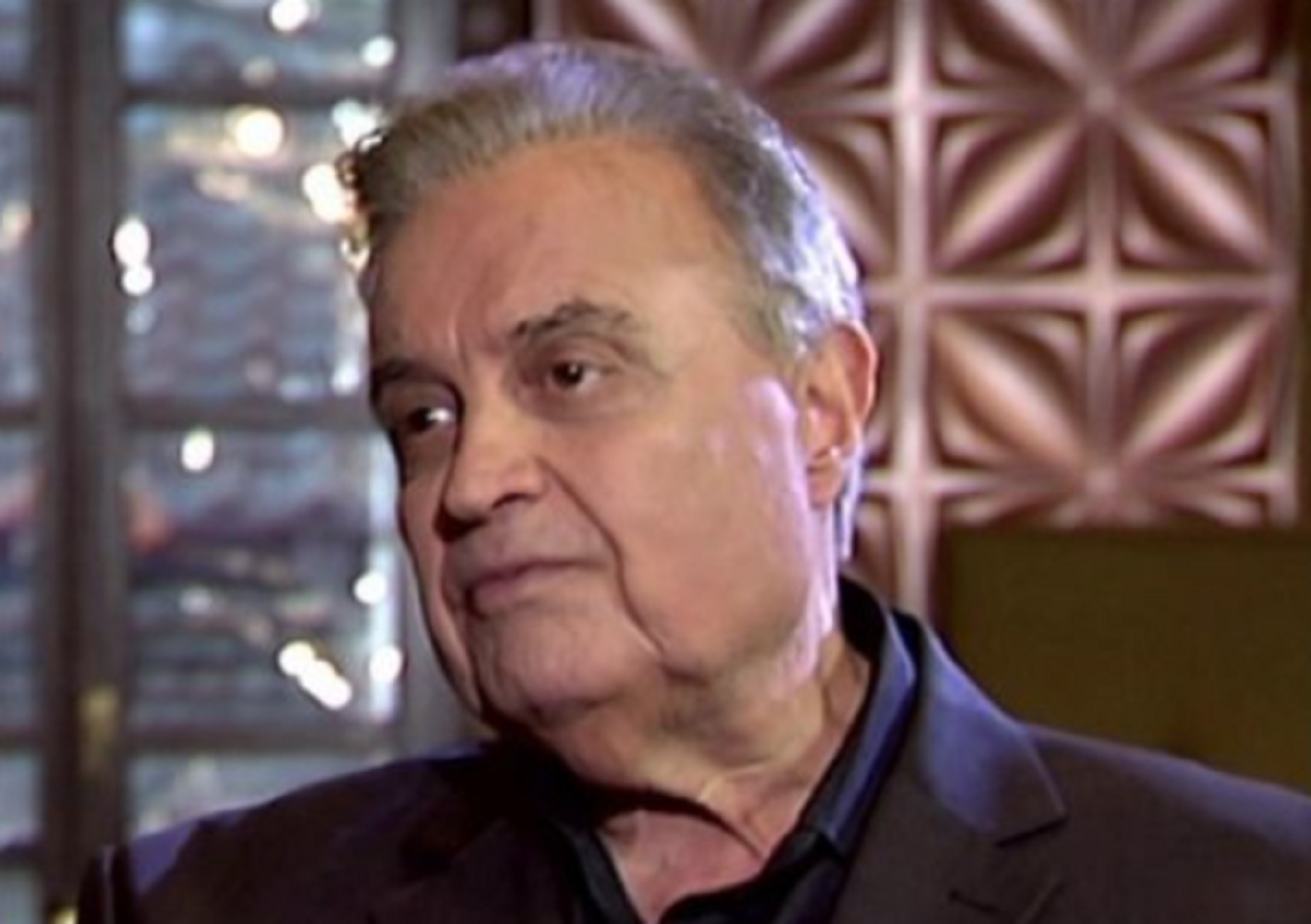 Πέθανε από κορονοϊό ο τραγουδιστής Λευτέρης Μυτιληναίος – Το «διαμάντι» που ερμήνευσε και η τελευταία του εξομολόγηση (video)
