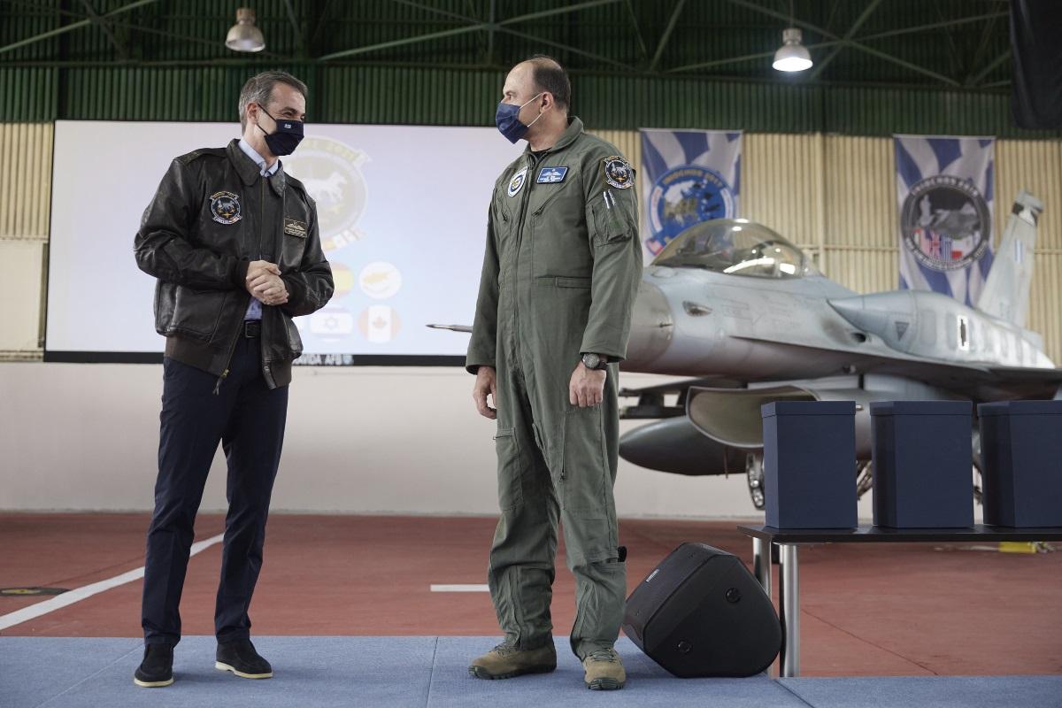 Ηνίοχος 21: Το δώρο του Αρχηγού της Πολεμικής Αεροπορίας στον Πρωθυπουργό